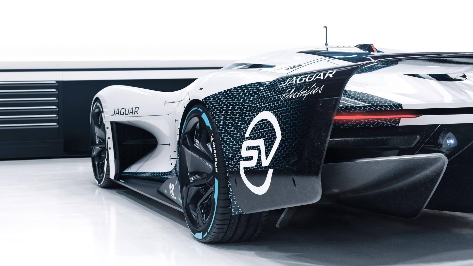 Jaguar-Vision-Gran-Turismo-SV-23