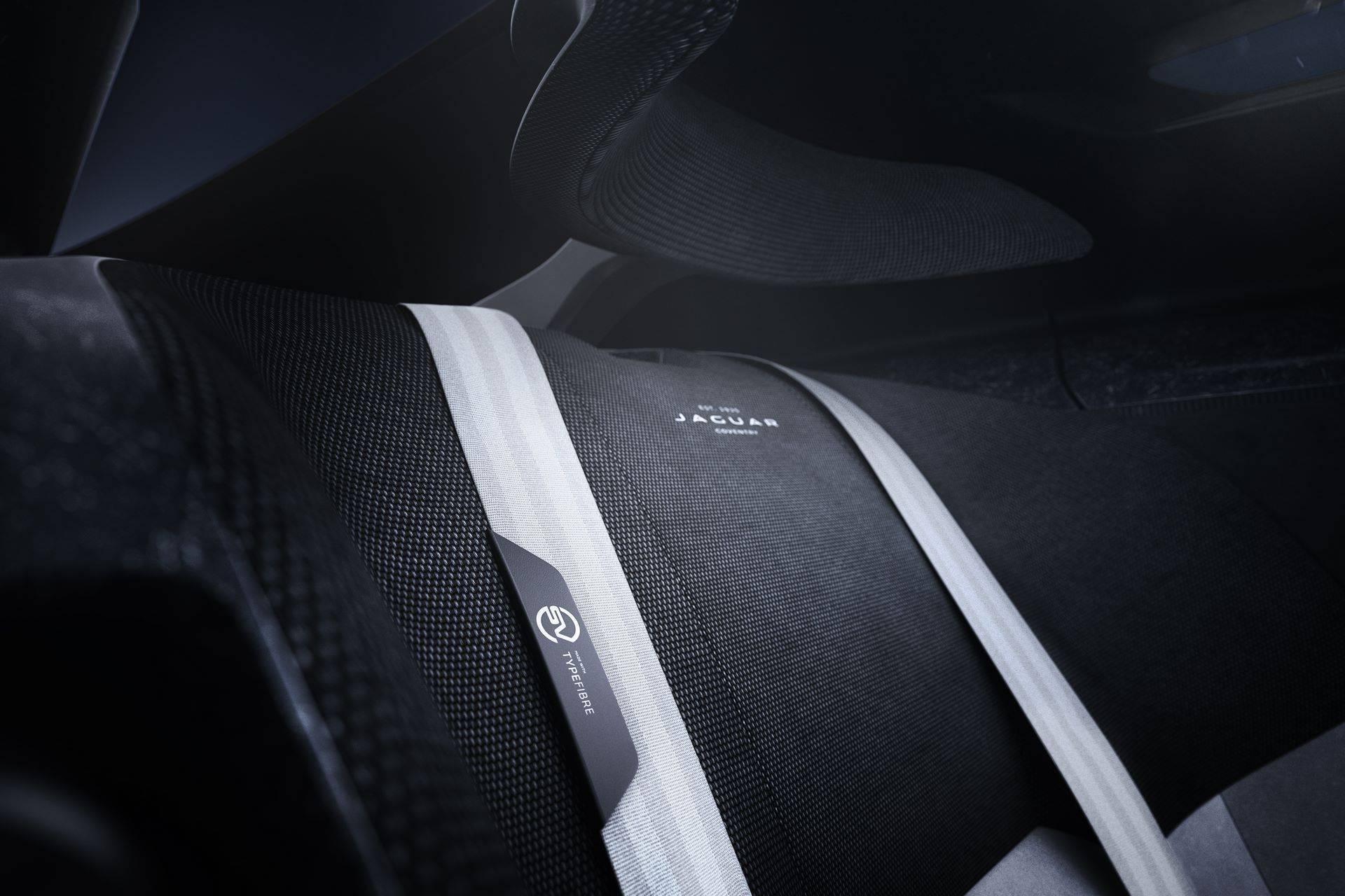 Jaguar-Vision-Gran-Turismo-SV-44