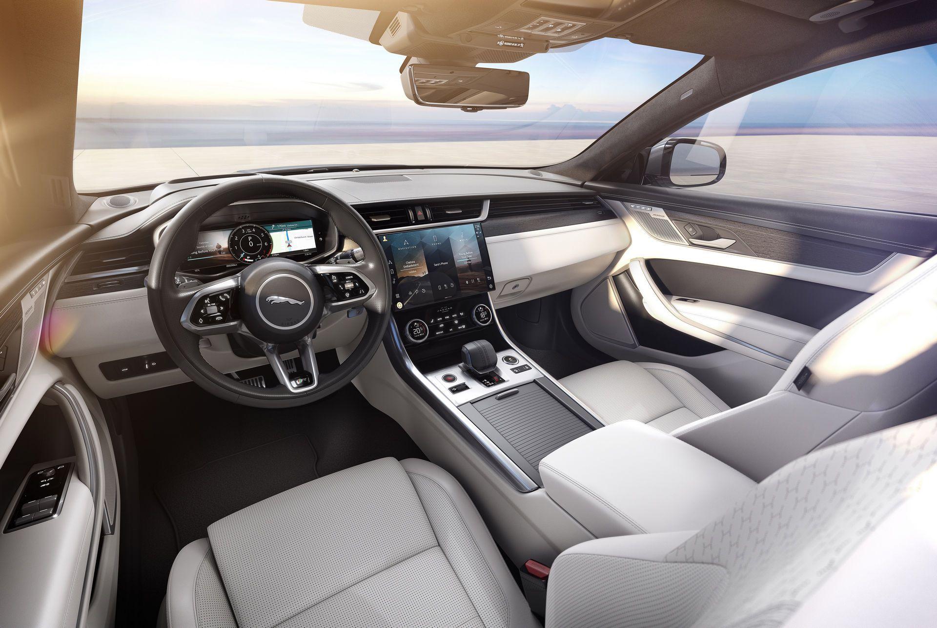 Jaguar-XF-2021-108