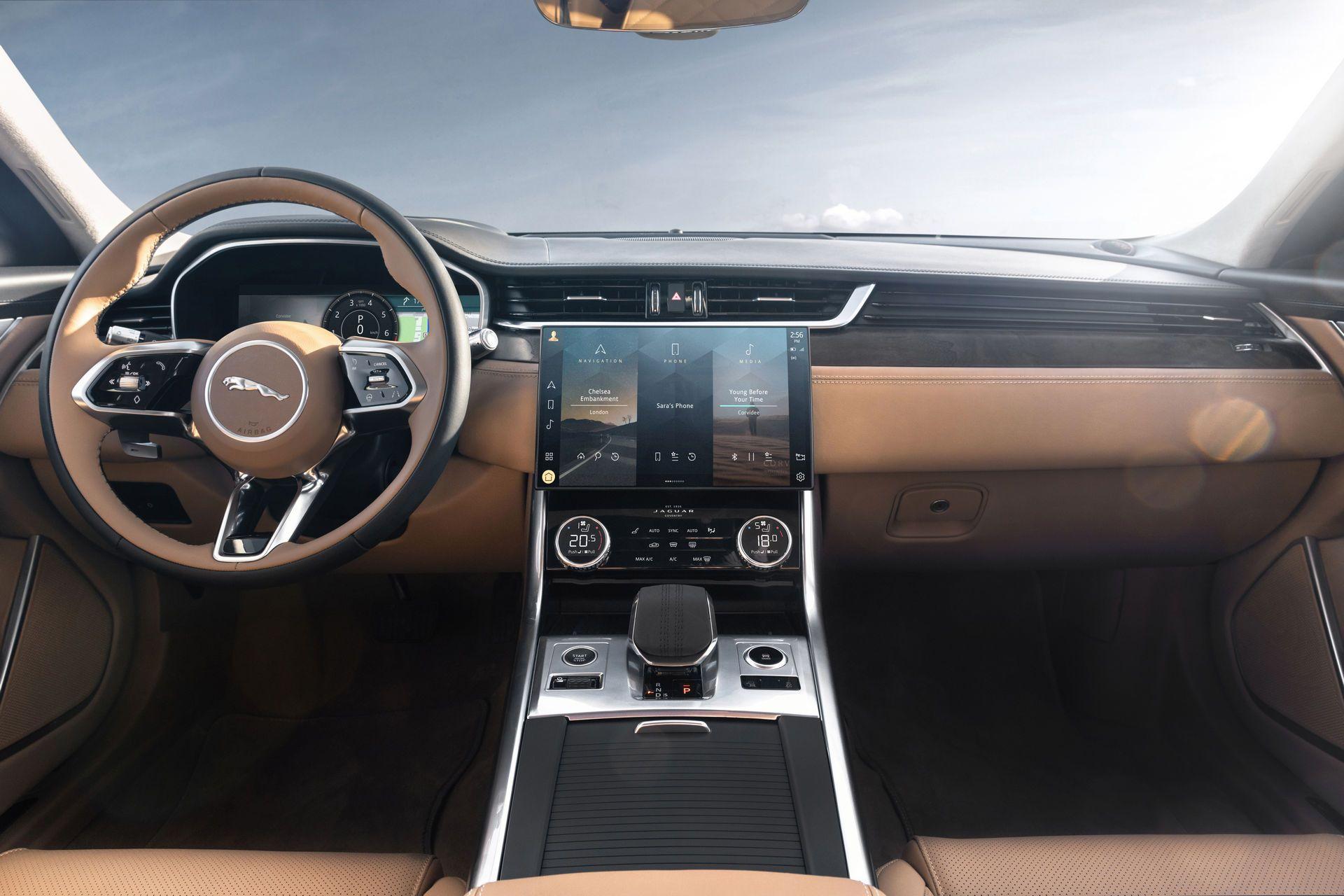 Jaguar-XF-2021-69