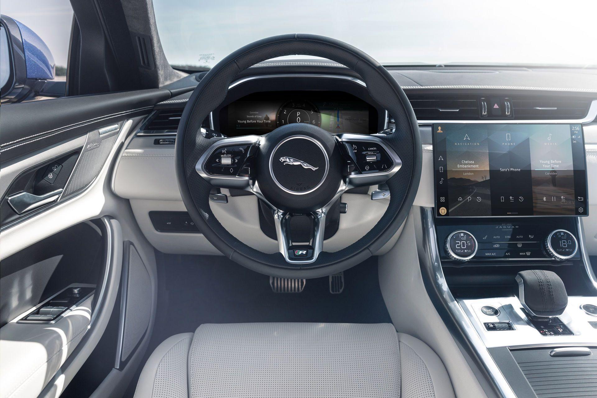 Jaguar-XF-2021-94