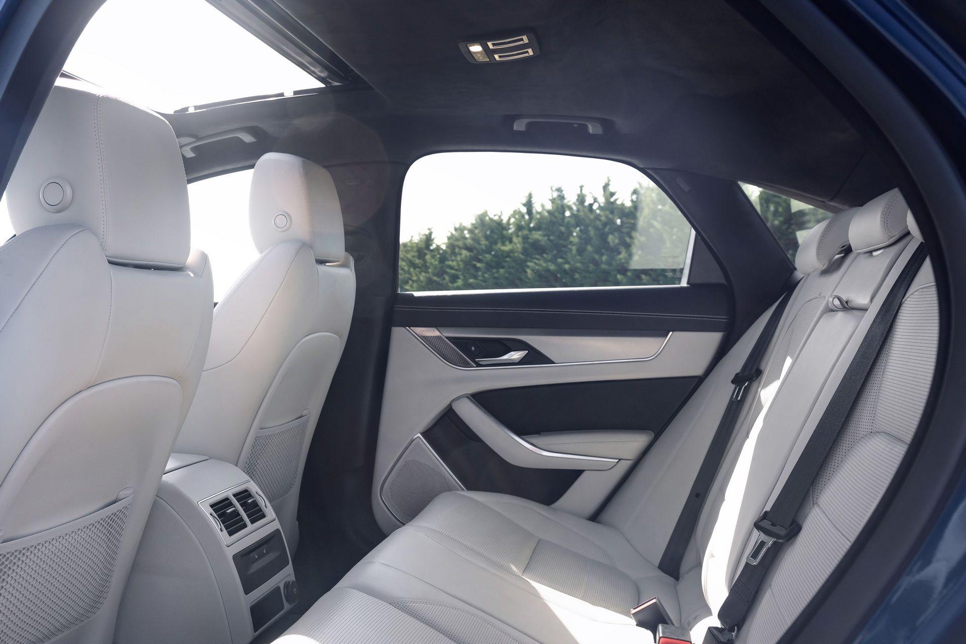 Jaguar-XF-2021-98
