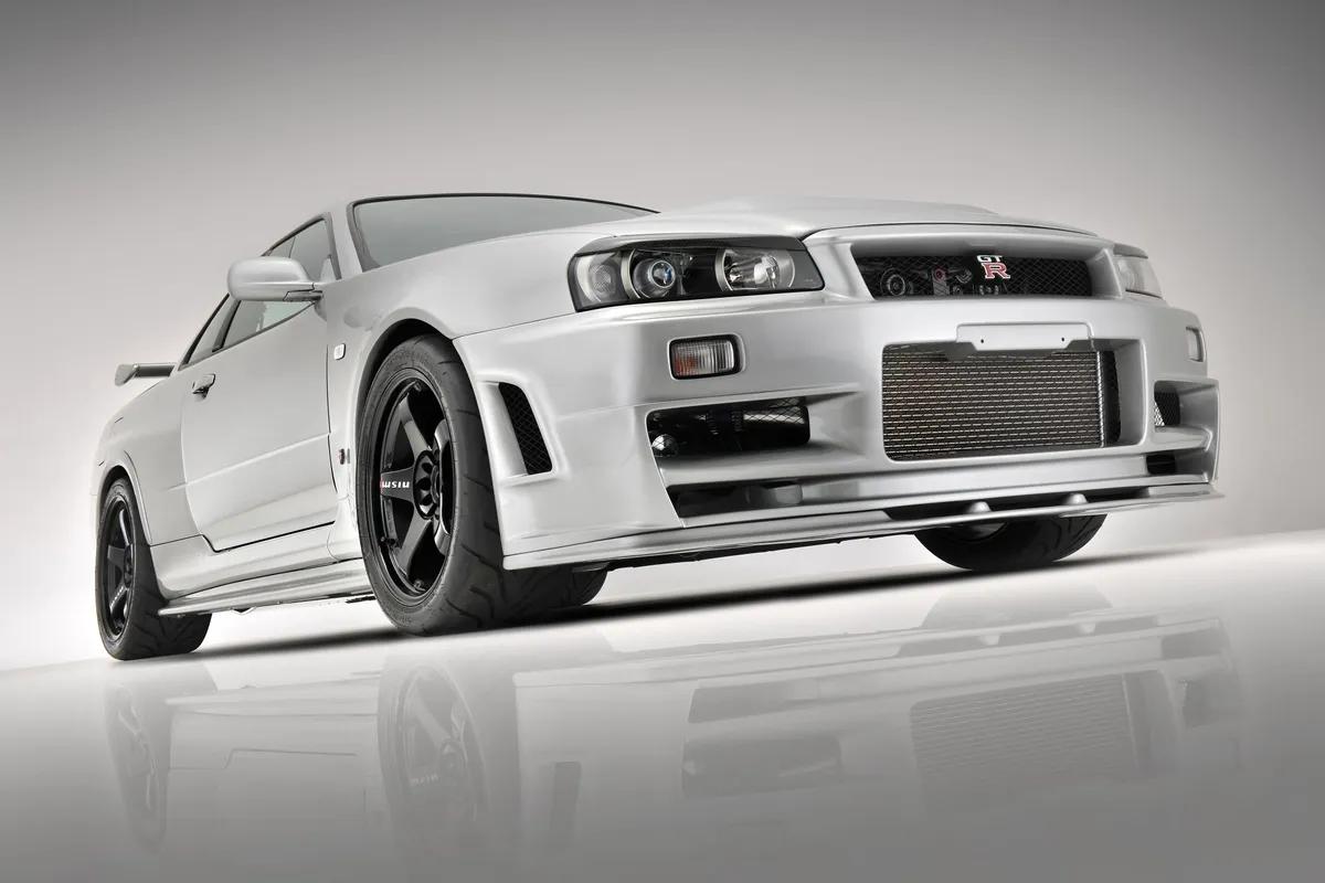 Janssen_Automotive_Nissan_R34_Skyline_GT-R_0002