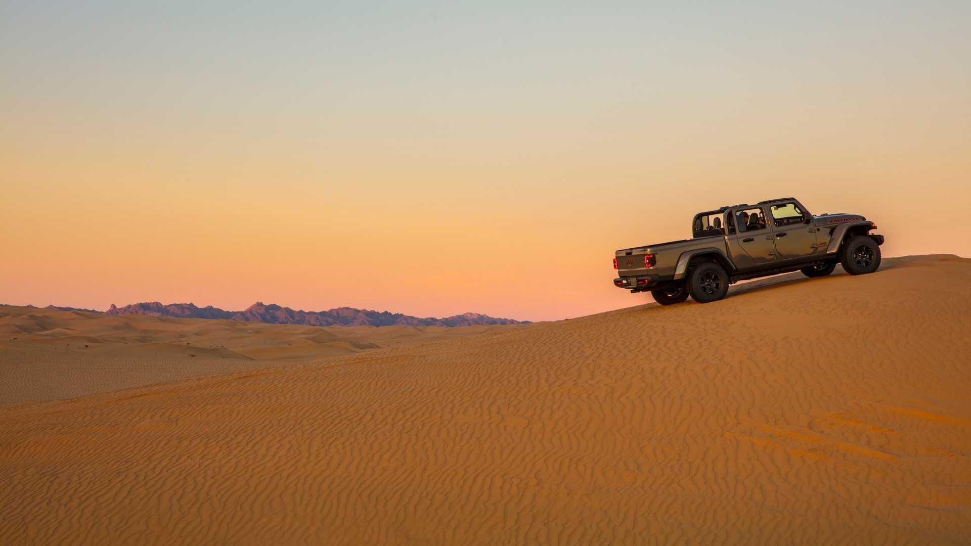 jeep-gladiator-mojave-13