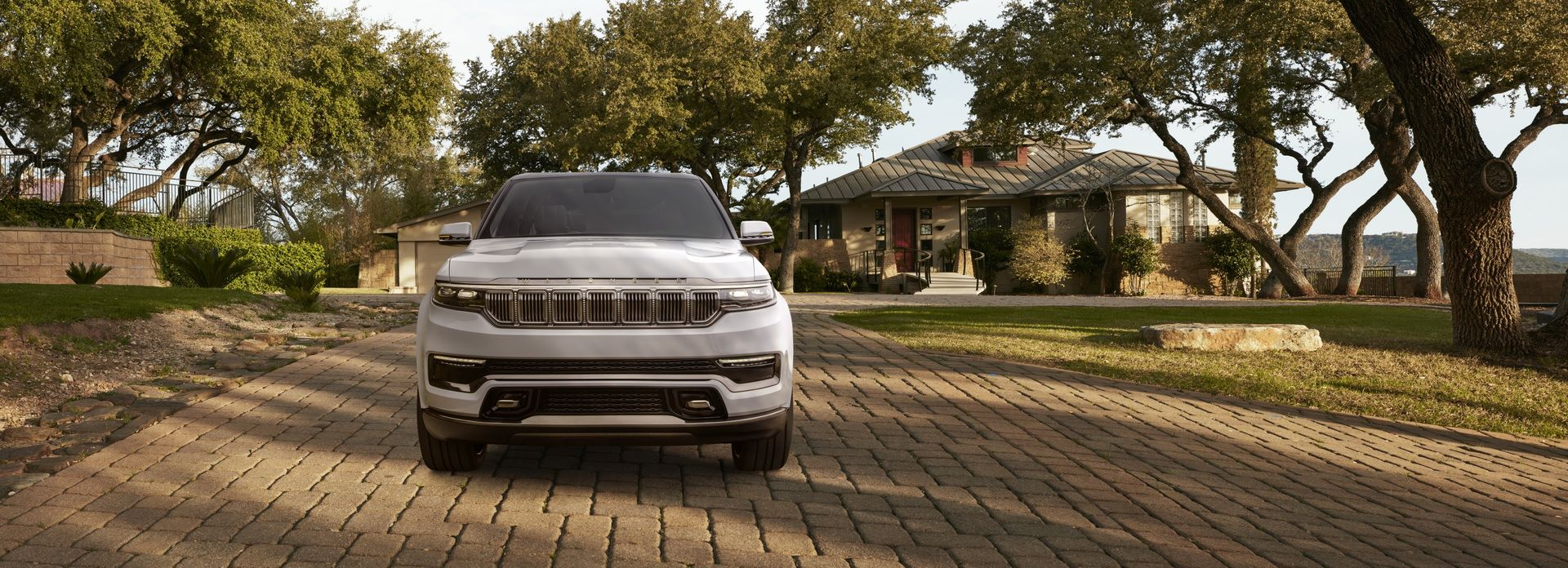 Jeep-Grand-Wagoneer-Concept-10