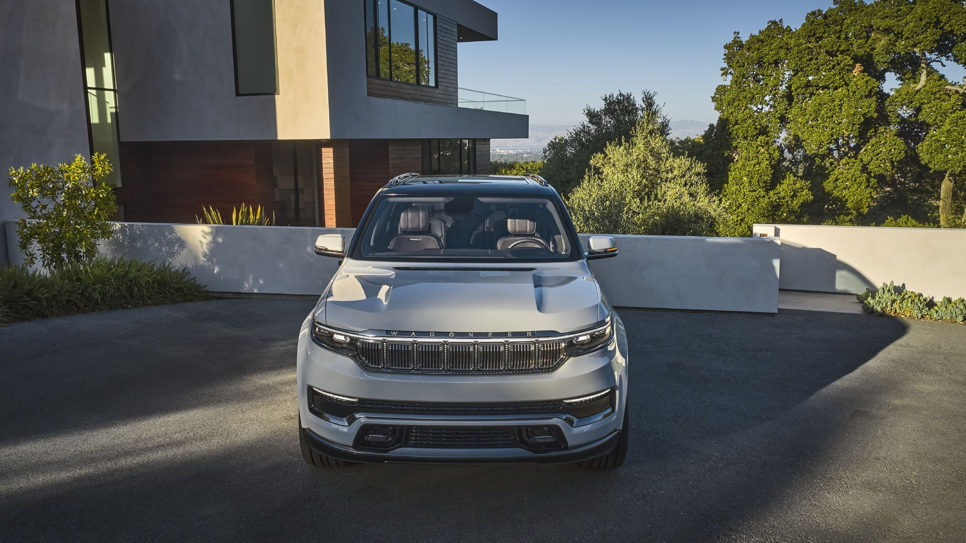 Jeep-Grand-Wagoneer-Concept-13