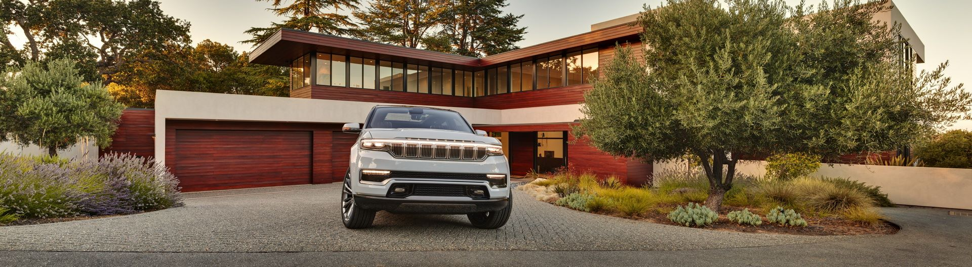 Jeep-Grand-Wagoneer-Concept-19