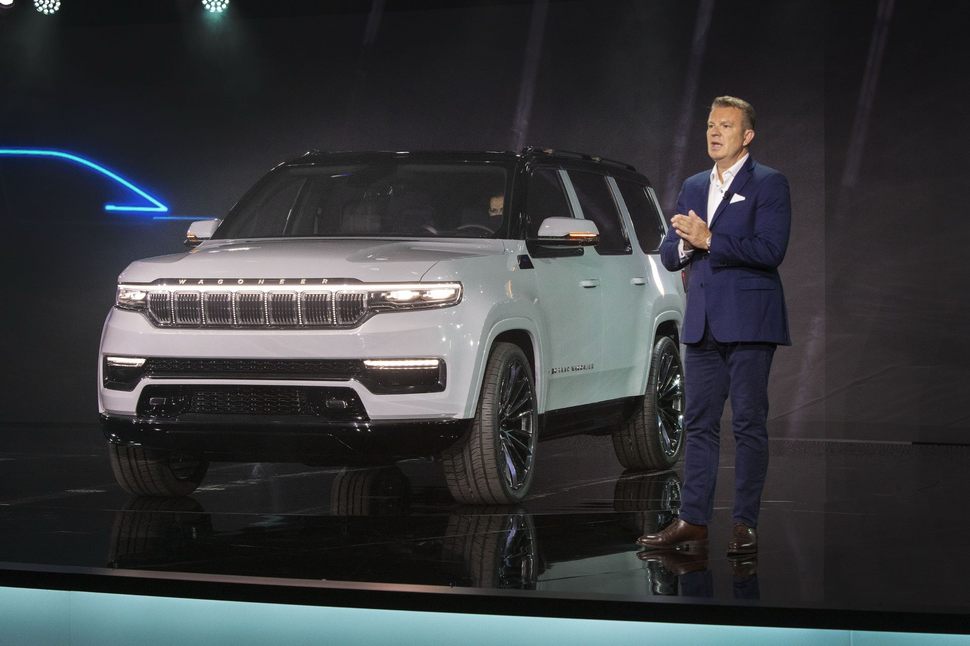 Jeep-Grand-Wagoneer-Concept-2
