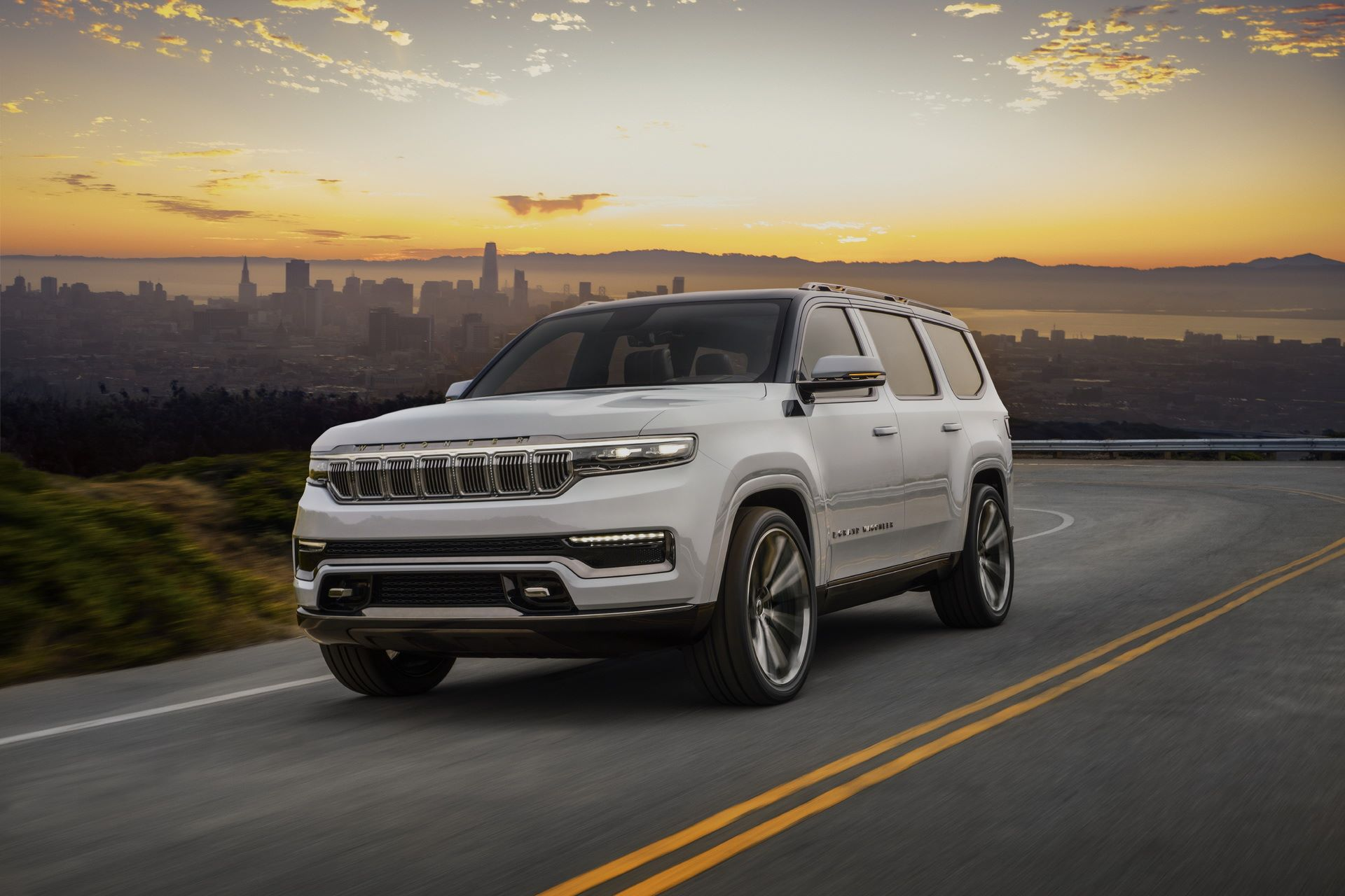 Jeep-Grand-Wagoneer-Concept-3