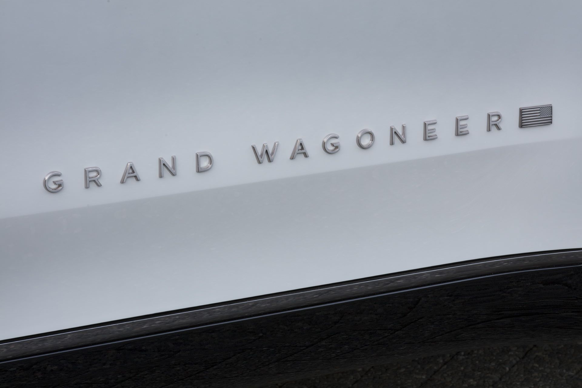 Jeep-Grand-Wagoneer-Concept-35