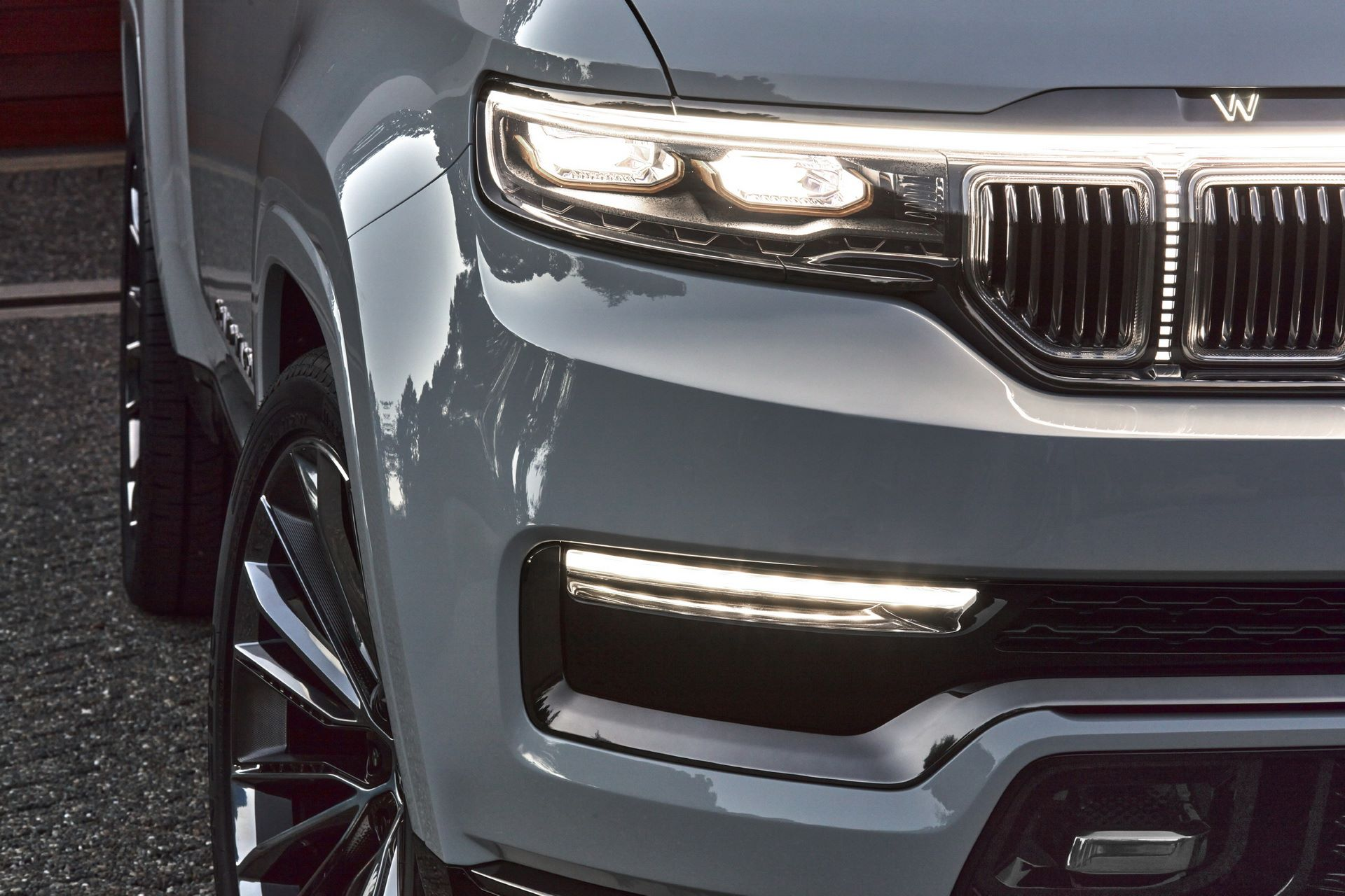 Jeep-Grand-Wagoneer-Concept-38
