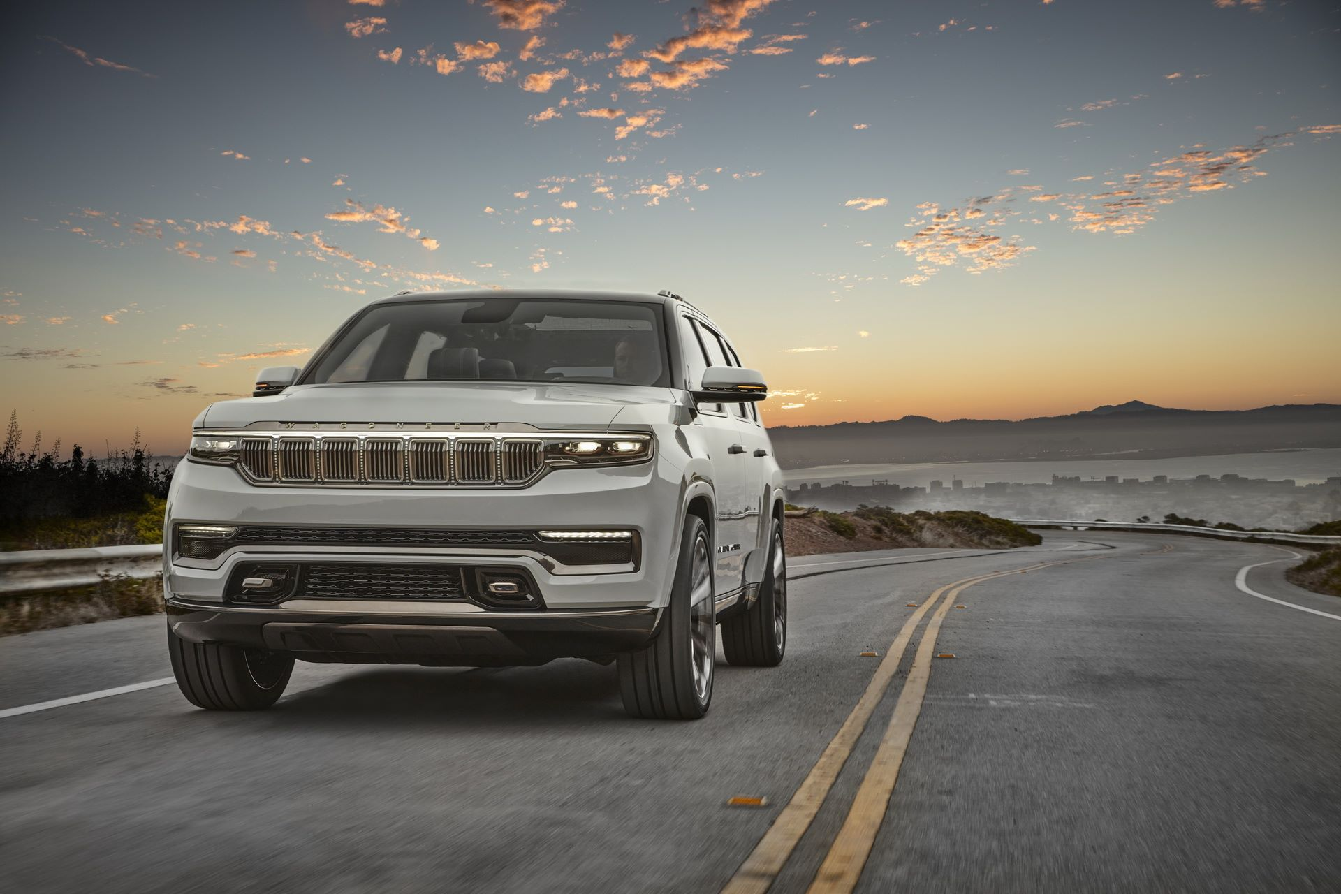 Jeep-Grand-Wagoneer-Concept-6