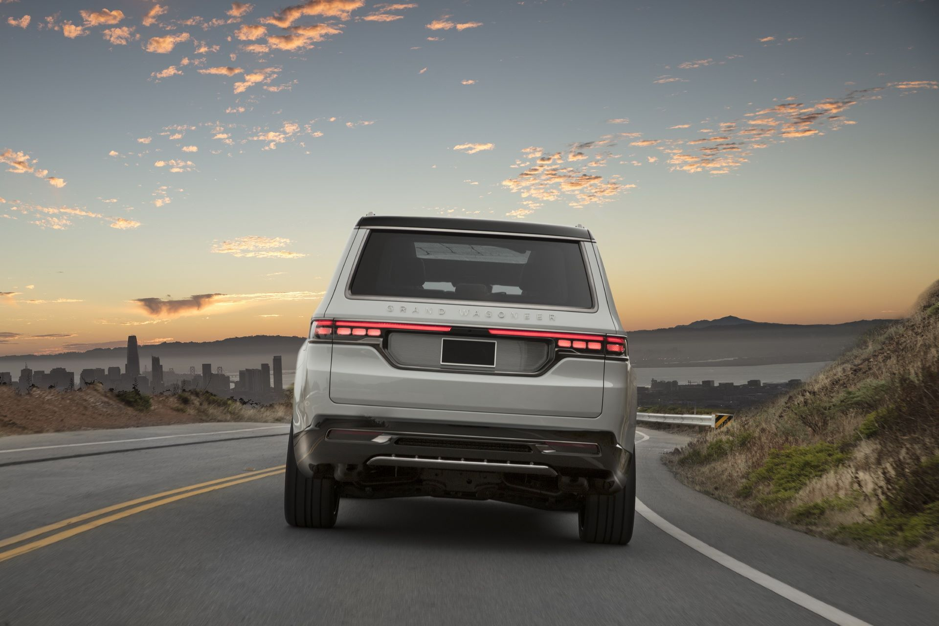 Jeep-Grand-Wagoneer-Concept-9