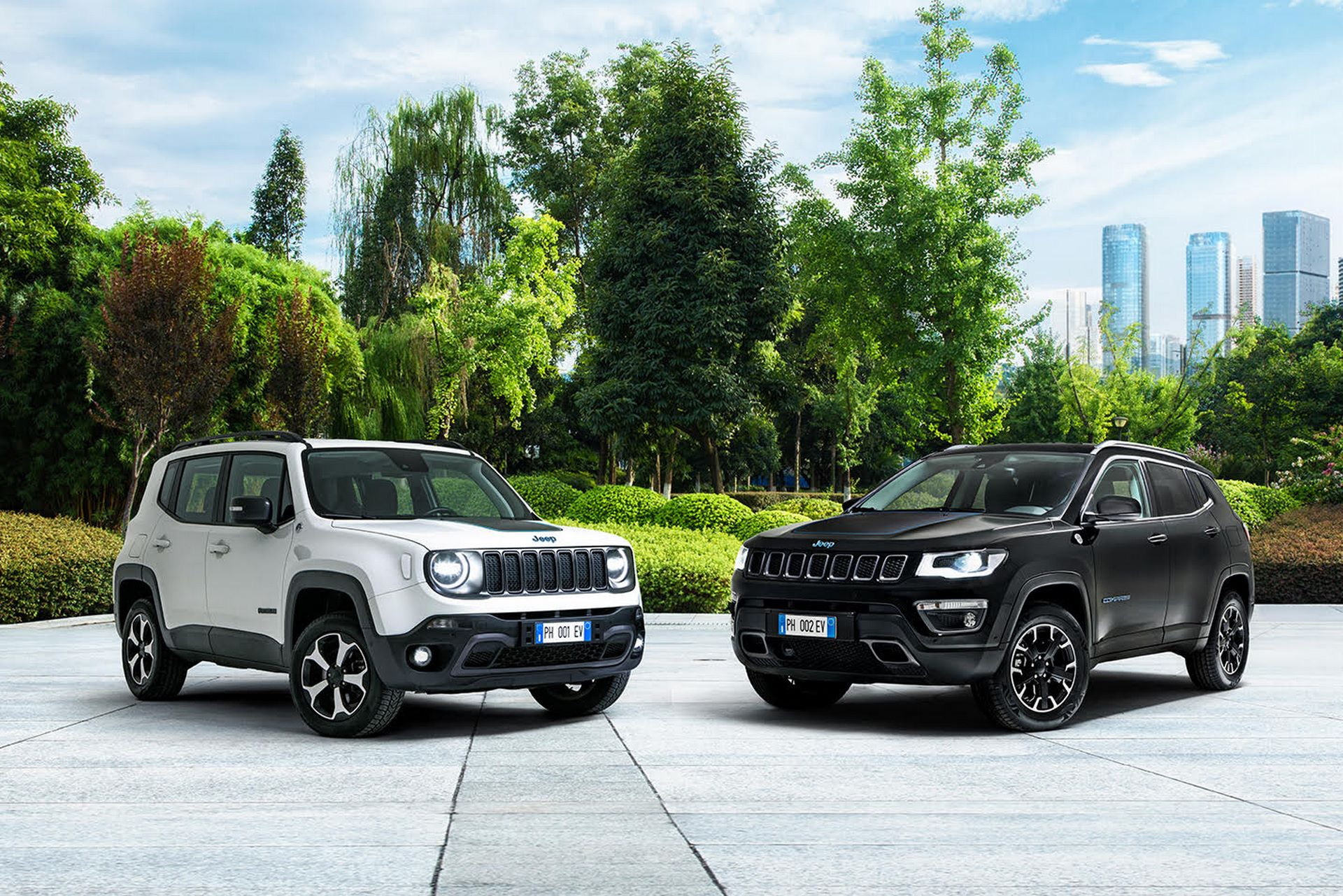 Jeep-Renegade-4xe-Compass-4xe-1
