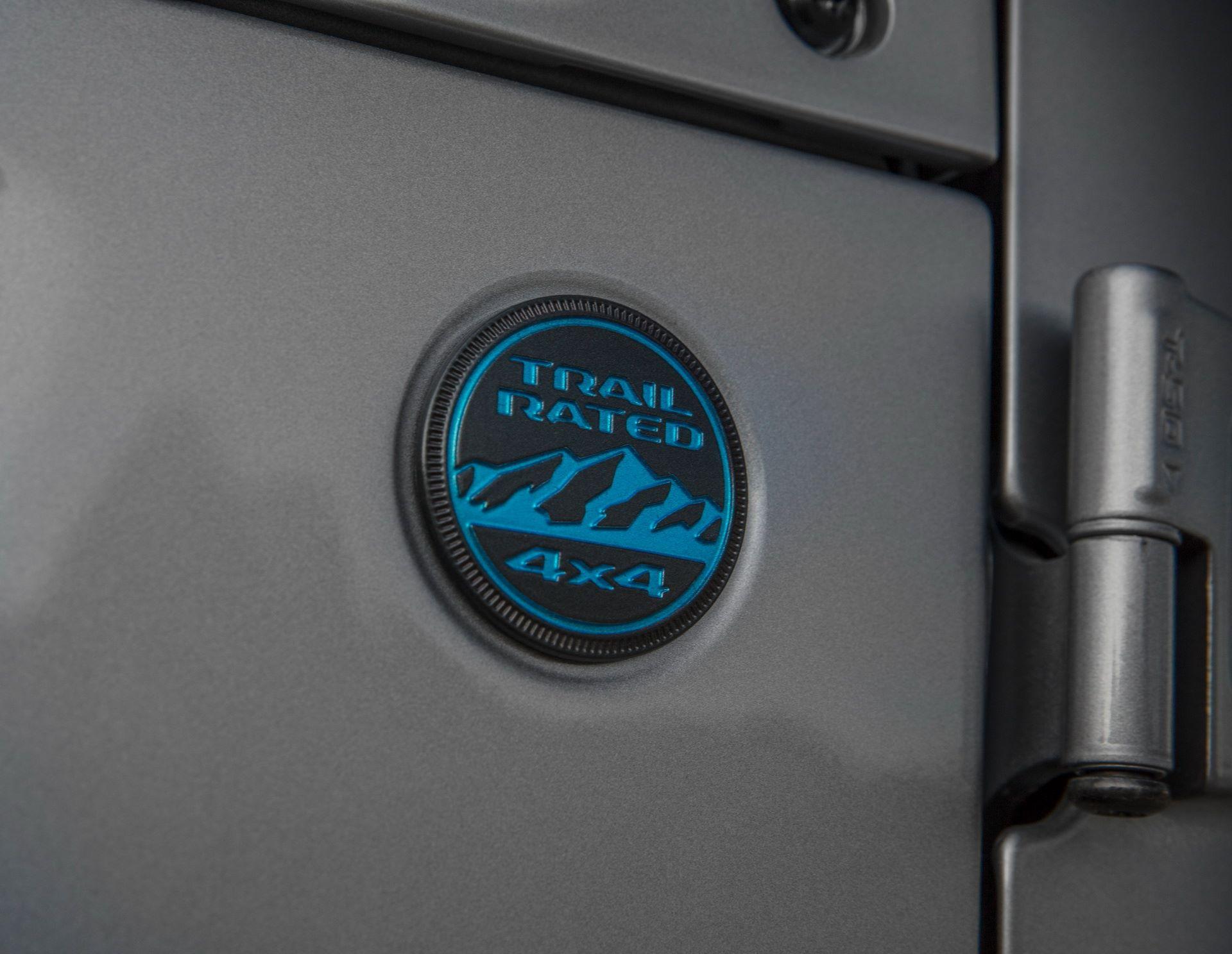 Jeep-Wrangler-4xe-32