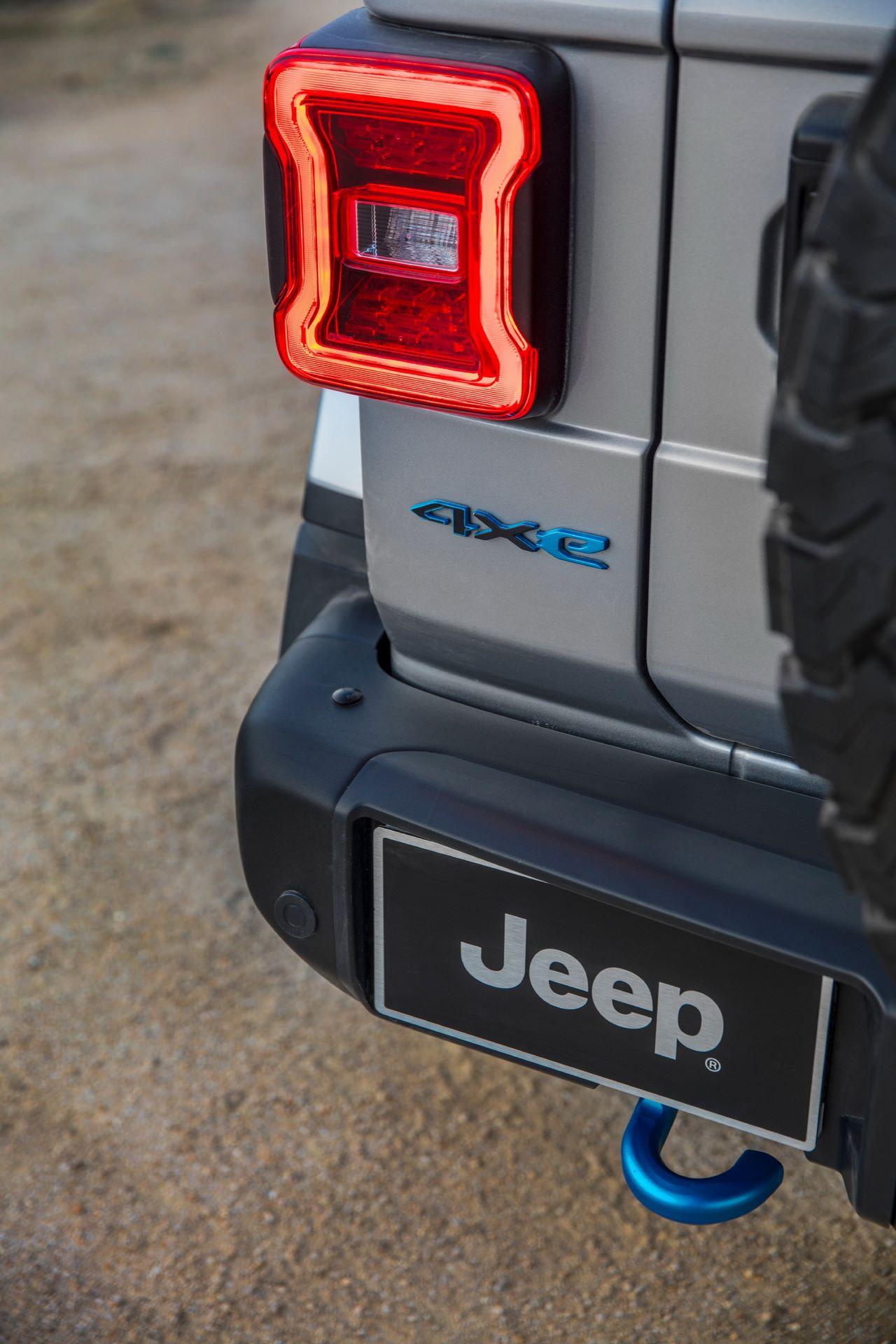 Jeep-Wrangler-4xe-35