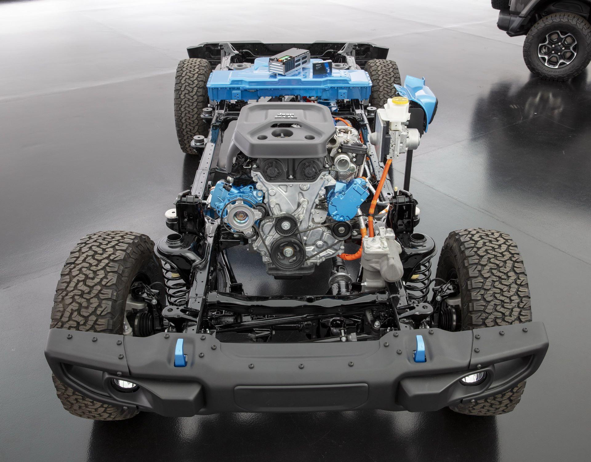 Jeep-Wrangler-4xe-71