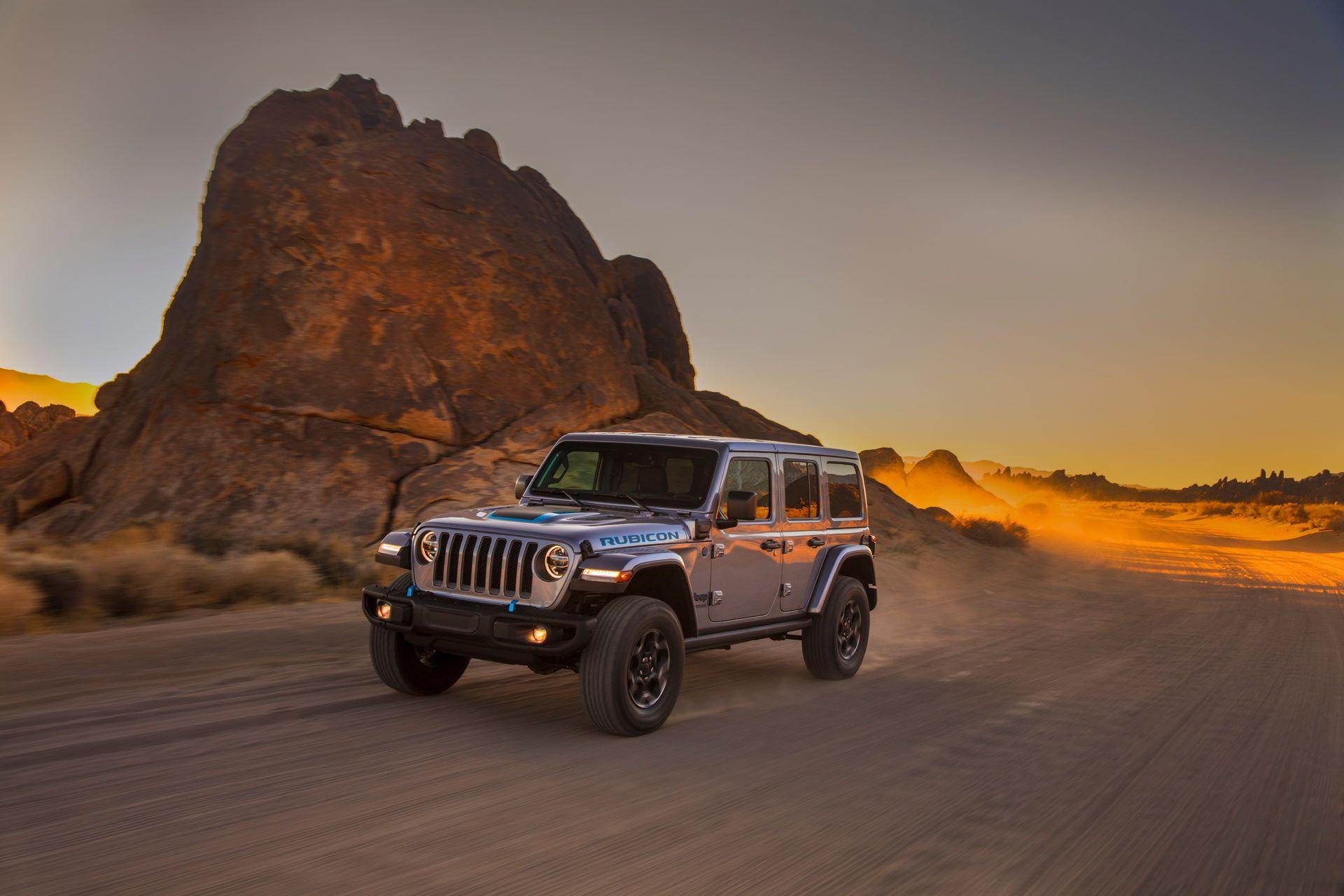 Jeep-Wrangler-4xe-9