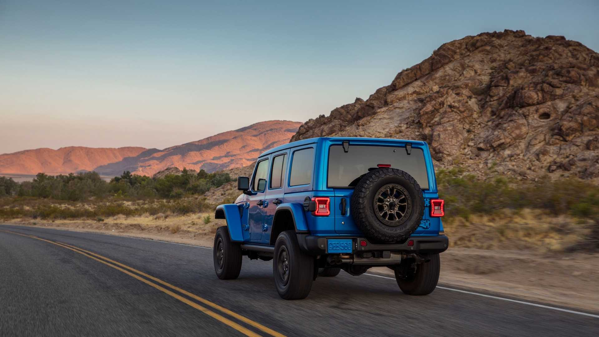 2021-jeep-wrangler-rubicon-392-back-view
