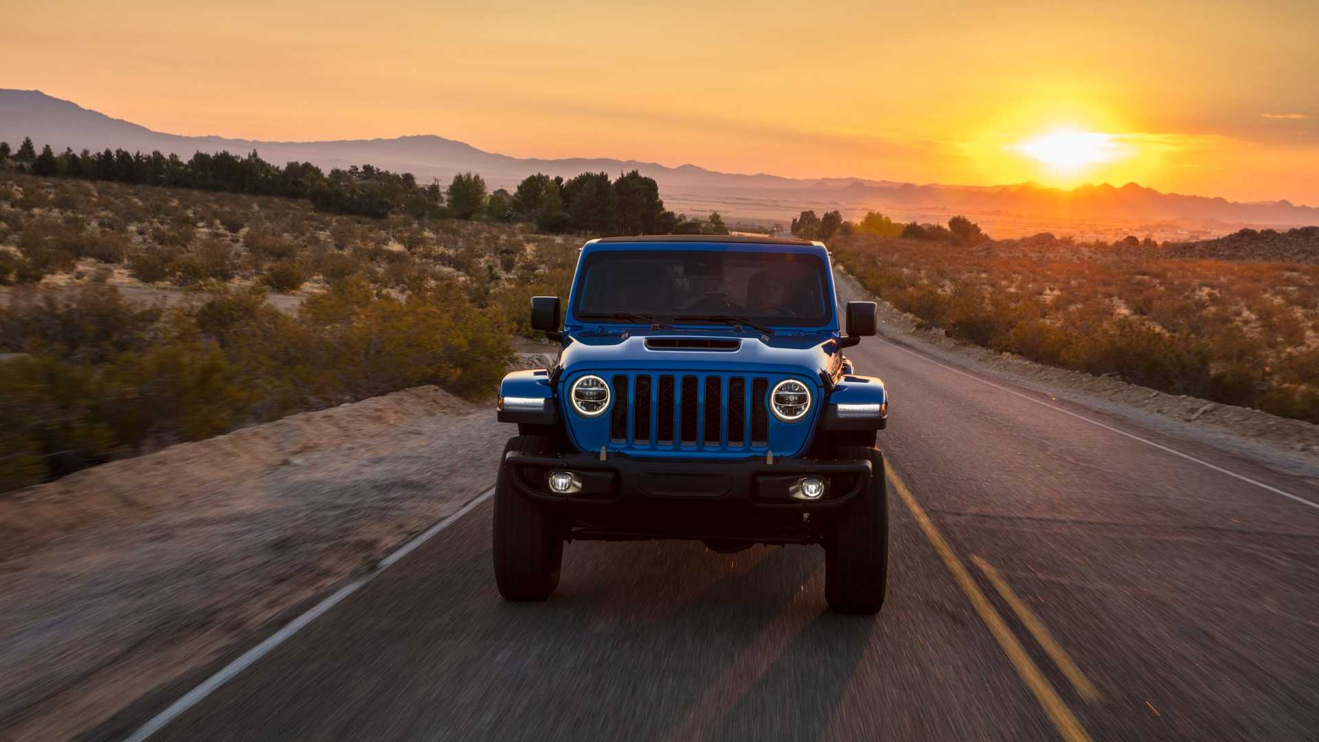 2021-jeep-wrangler-rubicon-392-front-view-10