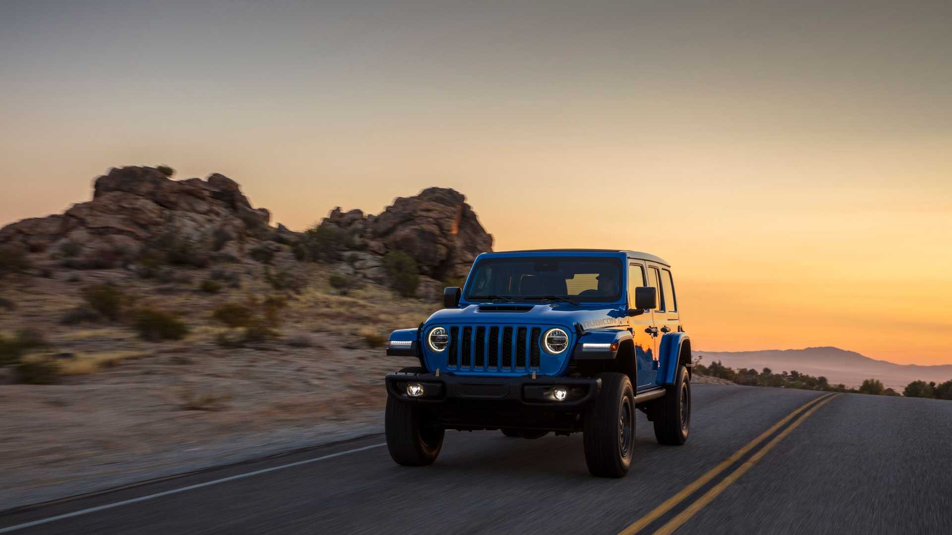 2021-jeep-wrangler-rubicon-392-front-view-11