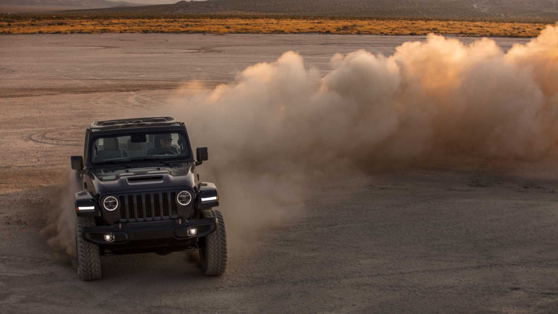 2021-jeep-wrangler-rubicon-392-front-view-16
