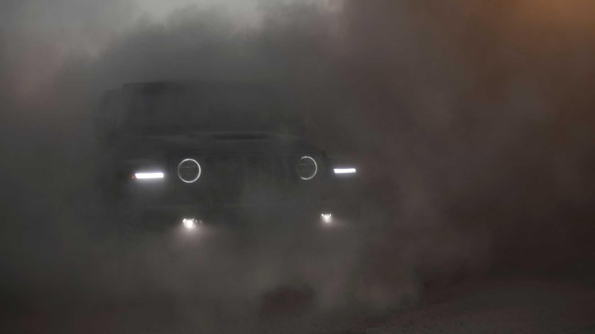 2021-jeep-wrangler-rubicon-392-front-view-17