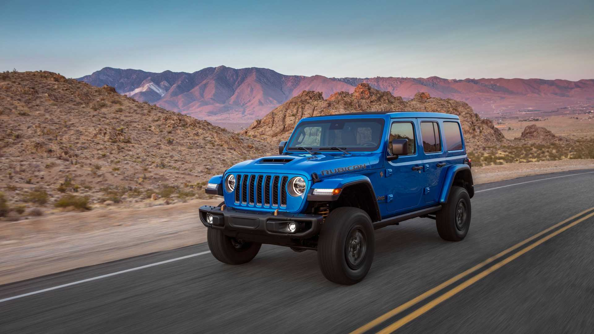 2021-jeep-wrangler-rubicon-392-front-view-4