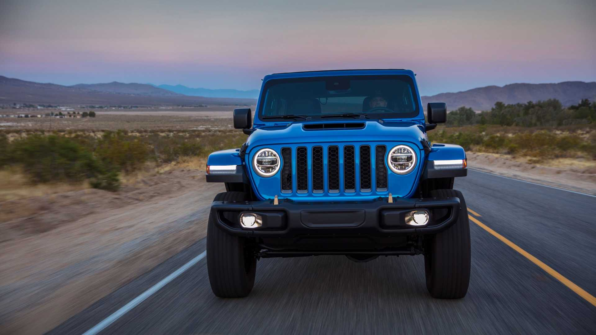 2021-jeep-wrangler-rubicon-392-front-view-8