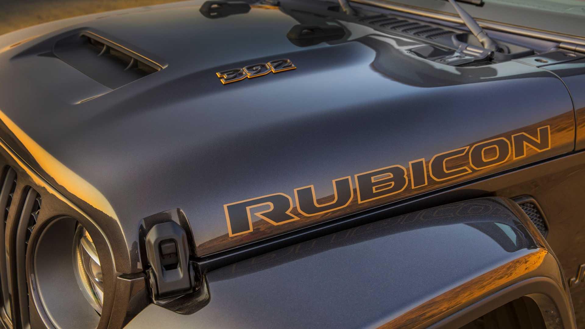 2021-jeep-wrangler-rubicon-392-hood
