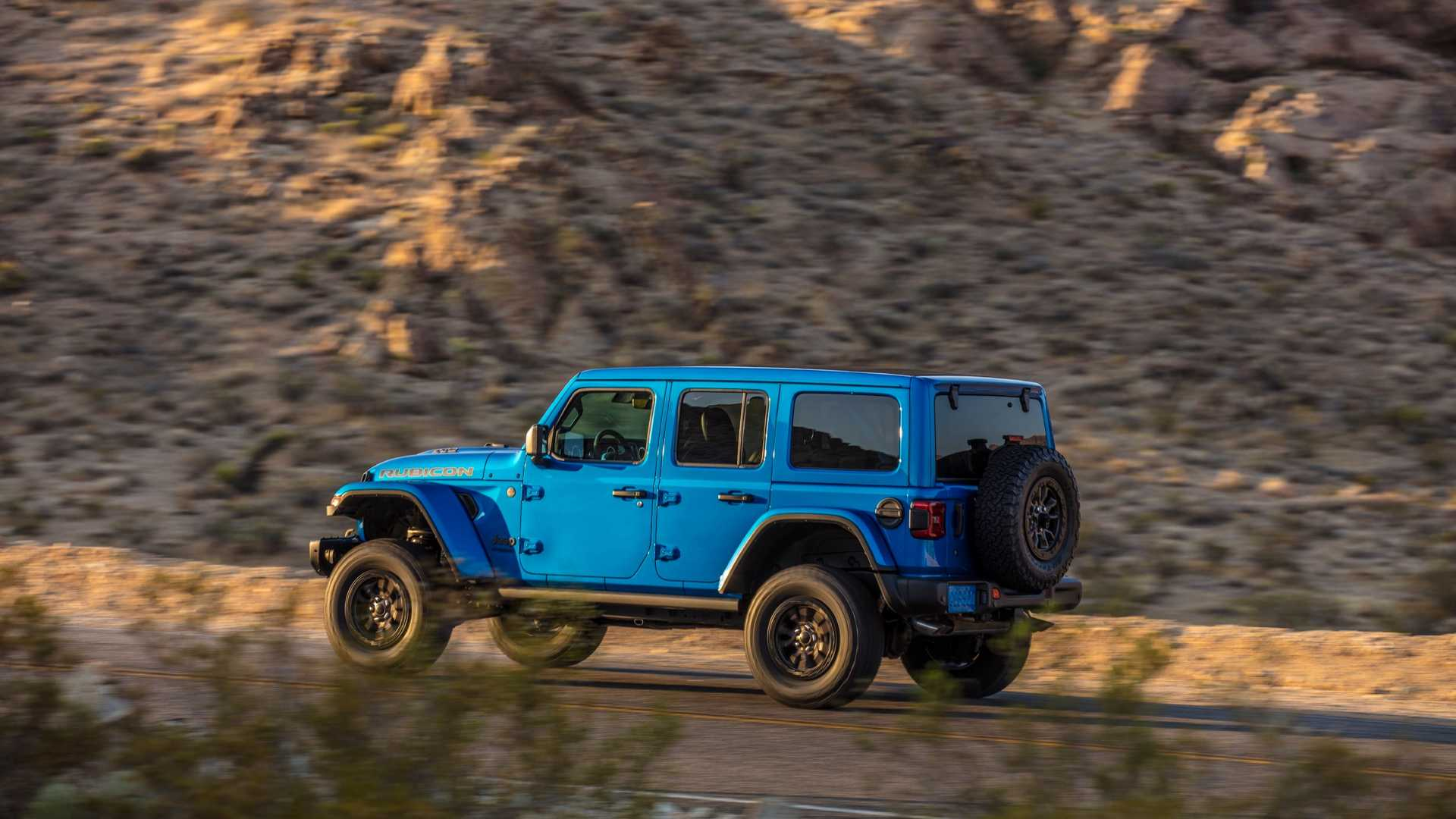 2021-jeep-wrangler-rubicon-392-side-view-1