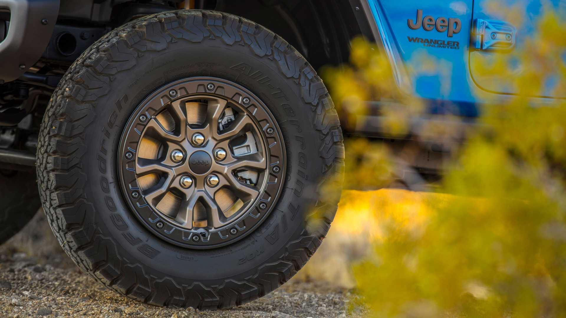 2021-jeep-wrangler-rubicon-392-wheel