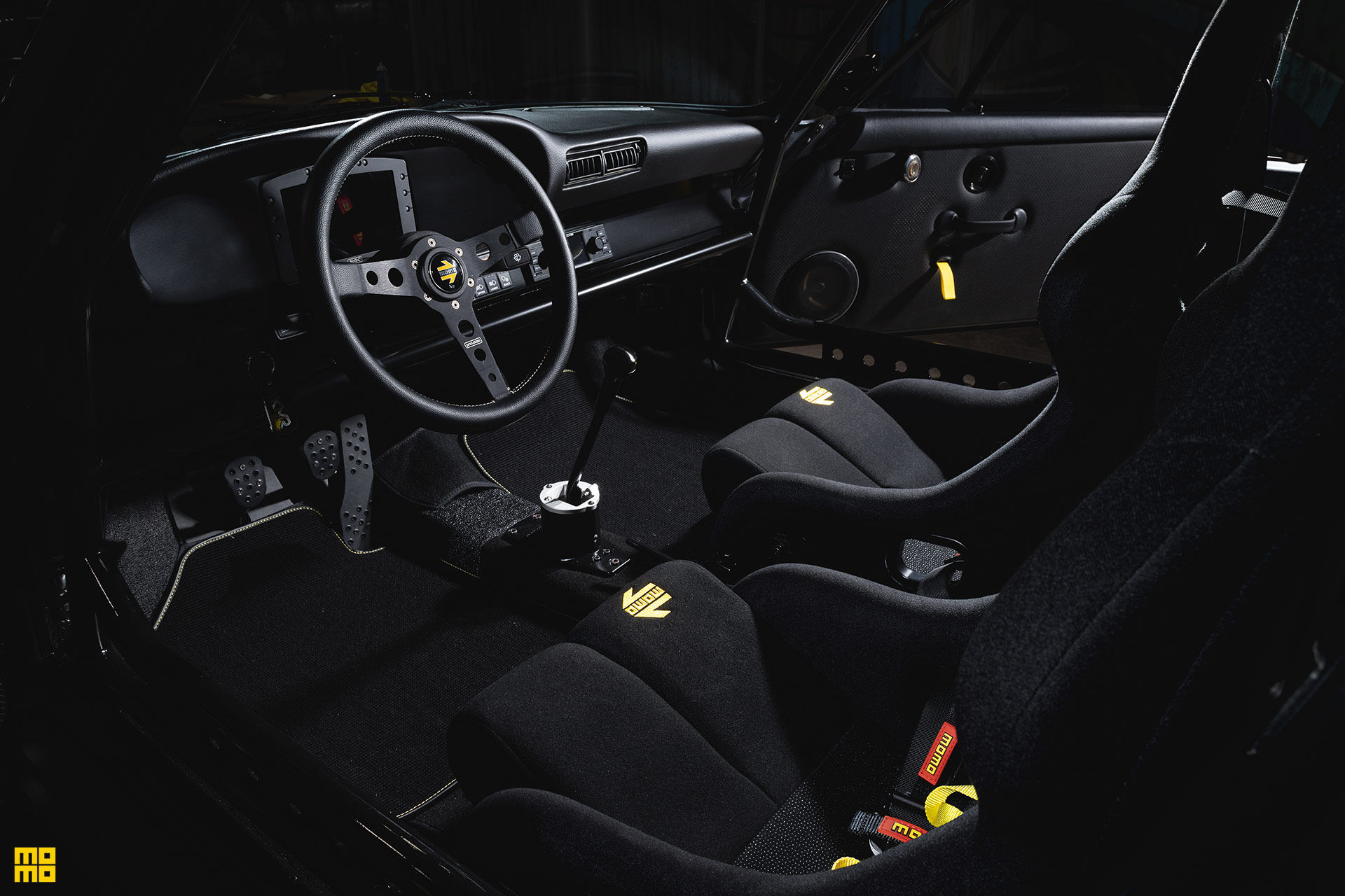 Kelly-Moss-Road-and-Race-Porsche-911-Willy-Safari-16