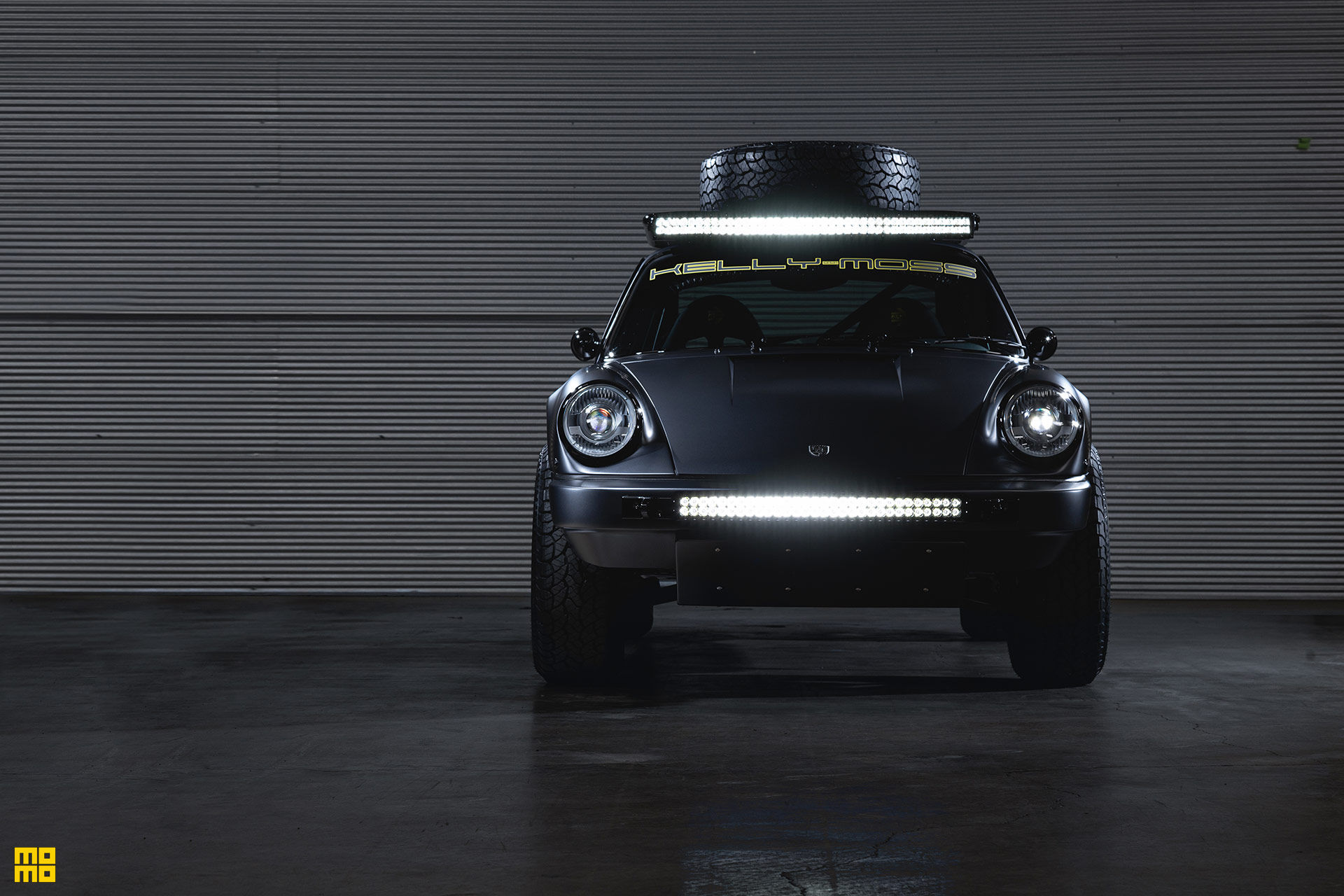 Kelly-Moss-Road-and-Race-Porsche-911-Willy-Safari-5