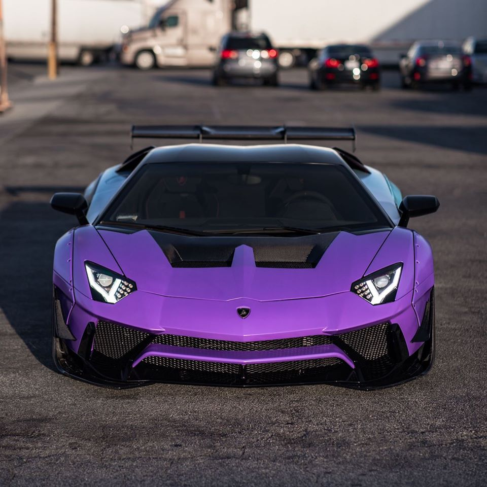 Lamborghini-Aventador-SV-Chris-Brown-4