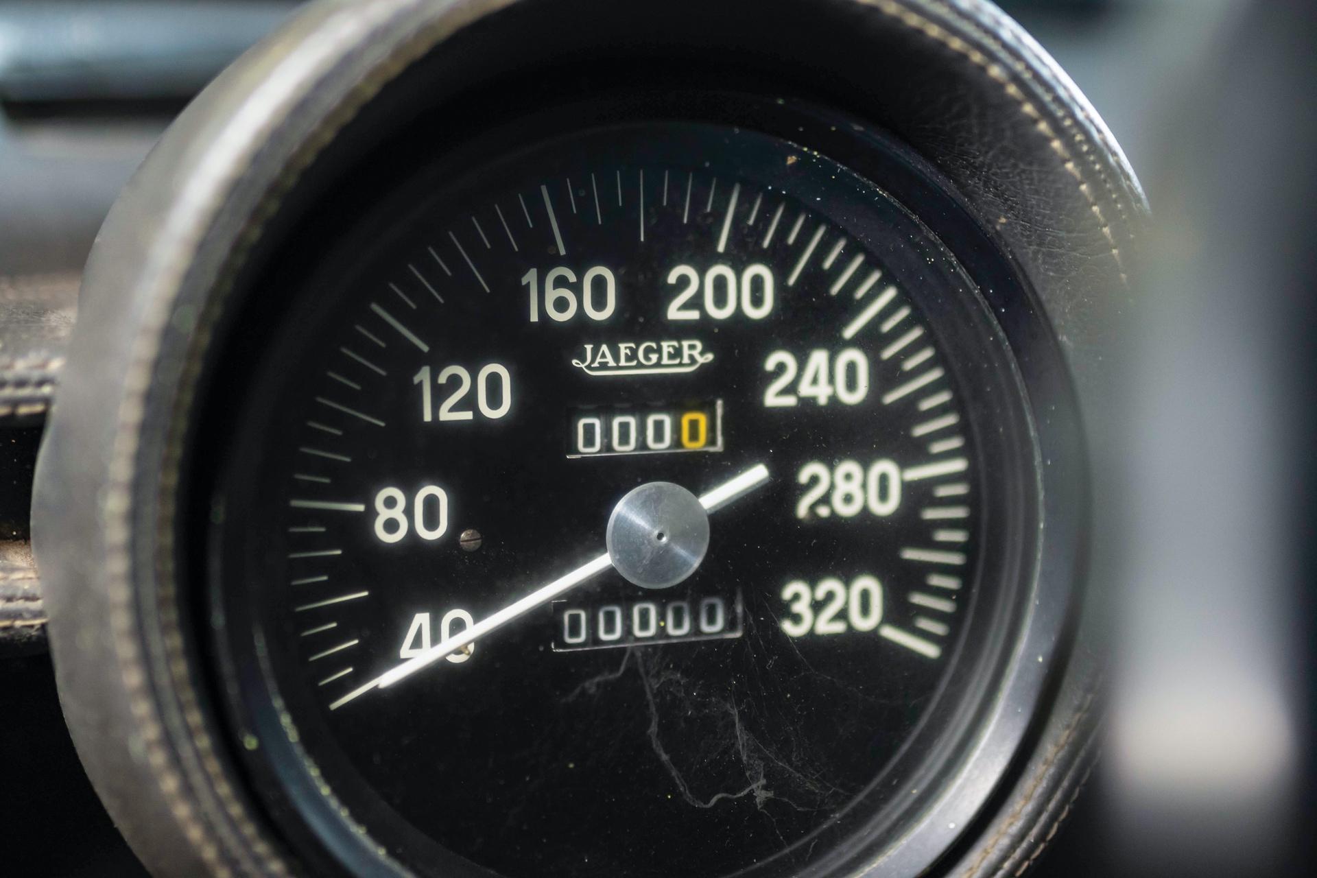1968-Lamborghini-Miura-P400-by-Bertone_11