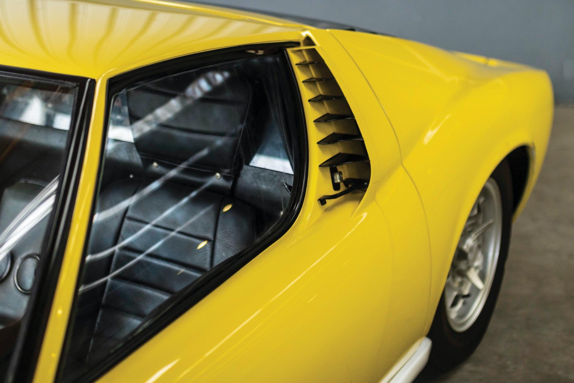 1968-Lamborghini-Miura-P400-by-Bertone_15