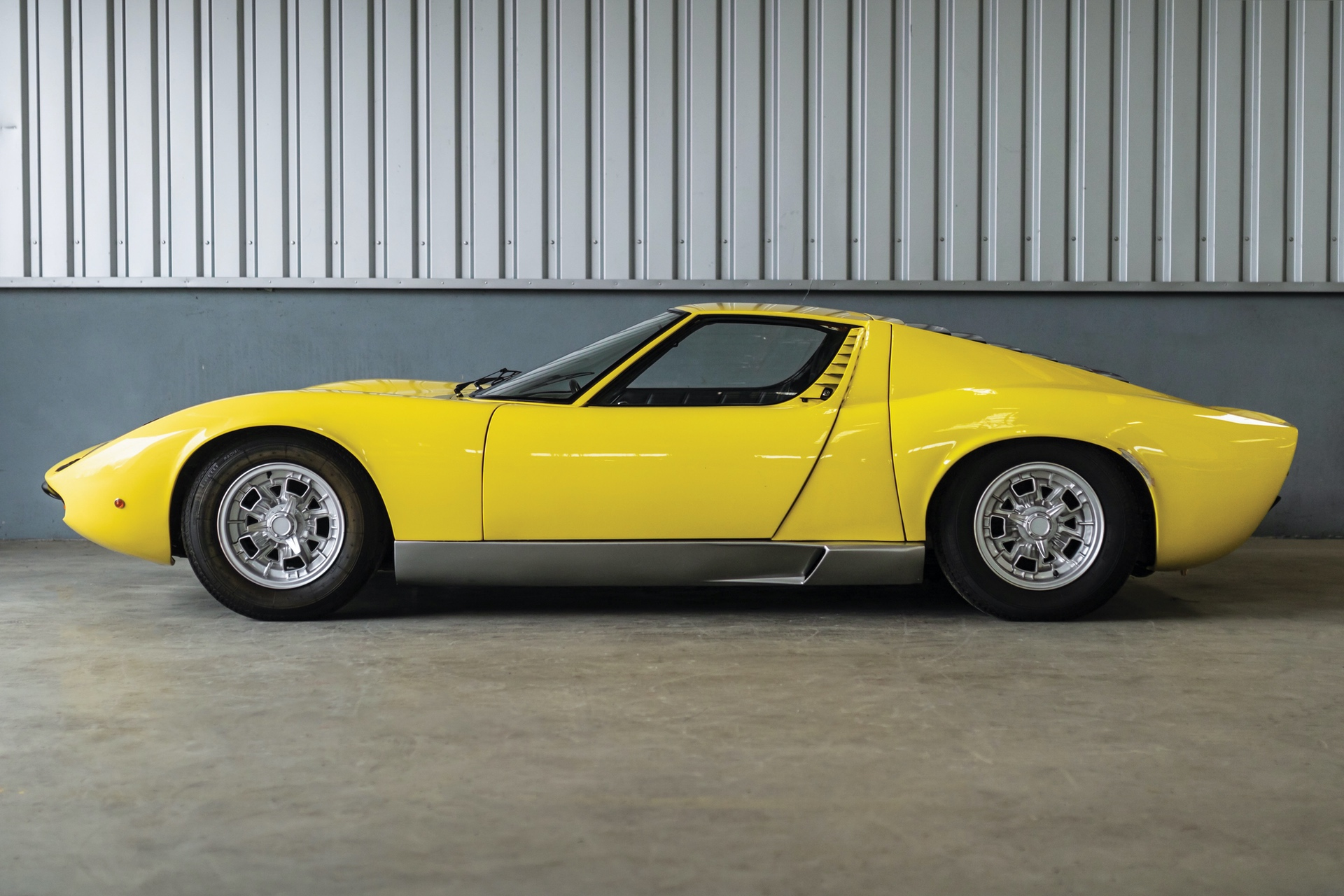 1968-Lamborghini-Miura-P400-by-Bertone_4
