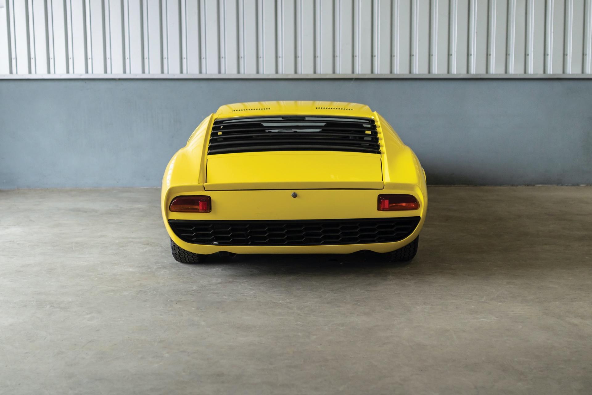 1968-Lamborghini-Miura-P400-by-Bertone_7