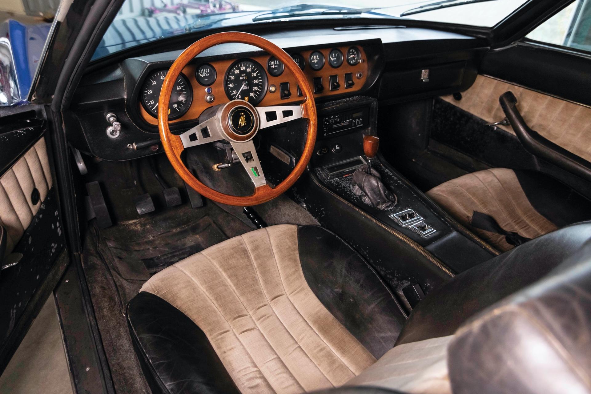 1970-Lamborghini-Islero-400GTS-_3