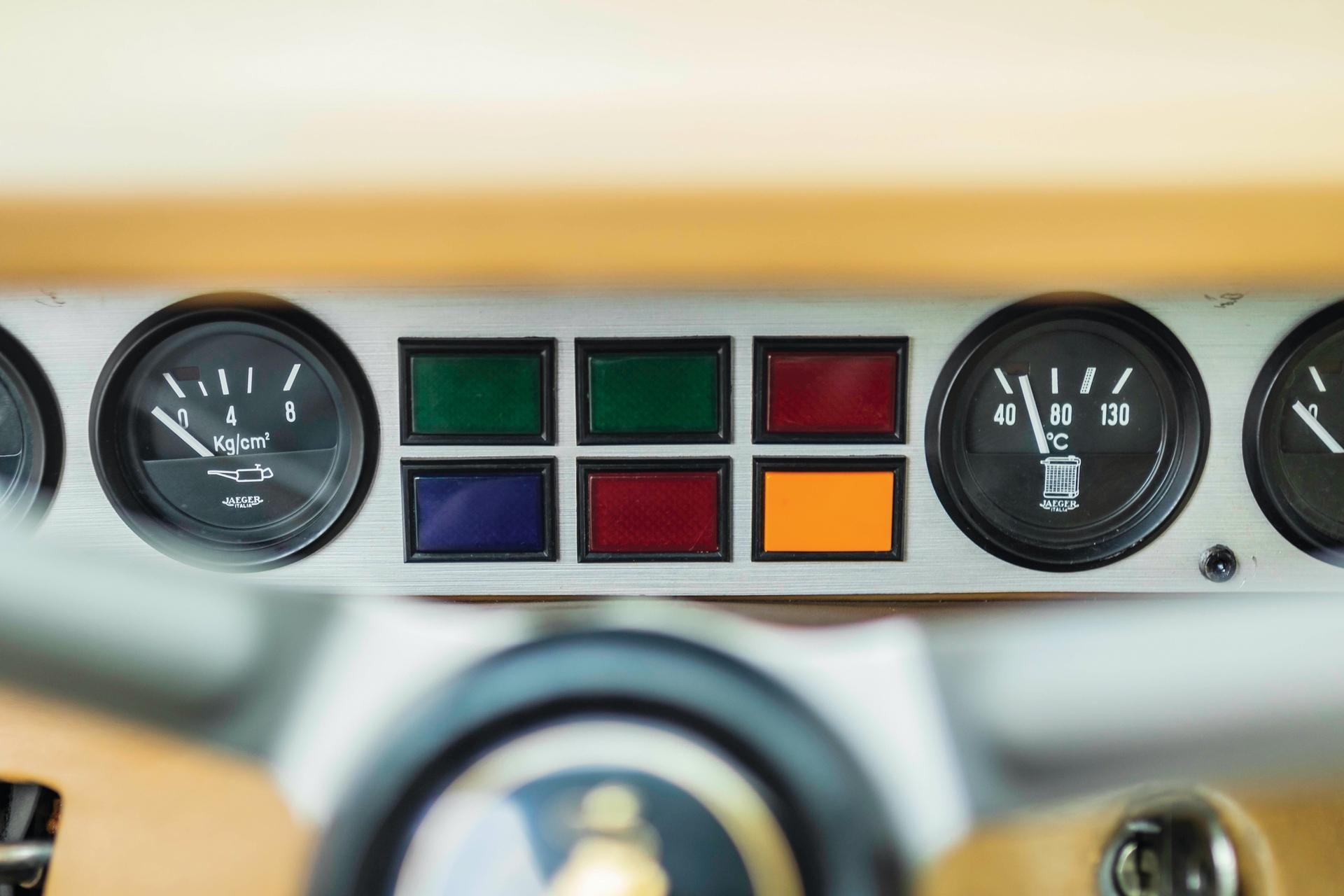 1974-Lamborghini-Urraco-P250-_14