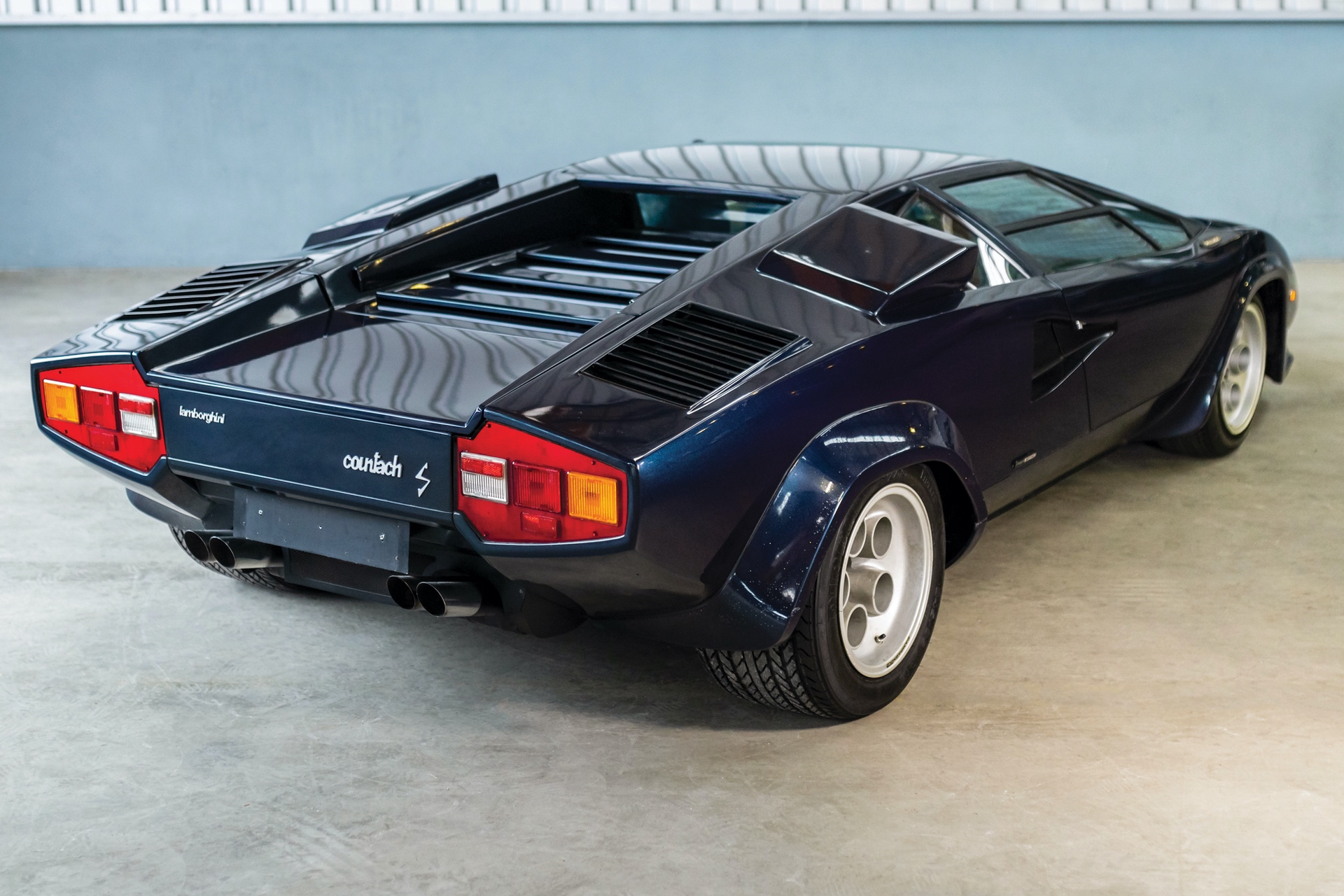 1979-Lamborghini-Countach-LP400-S-by-Bertone_1