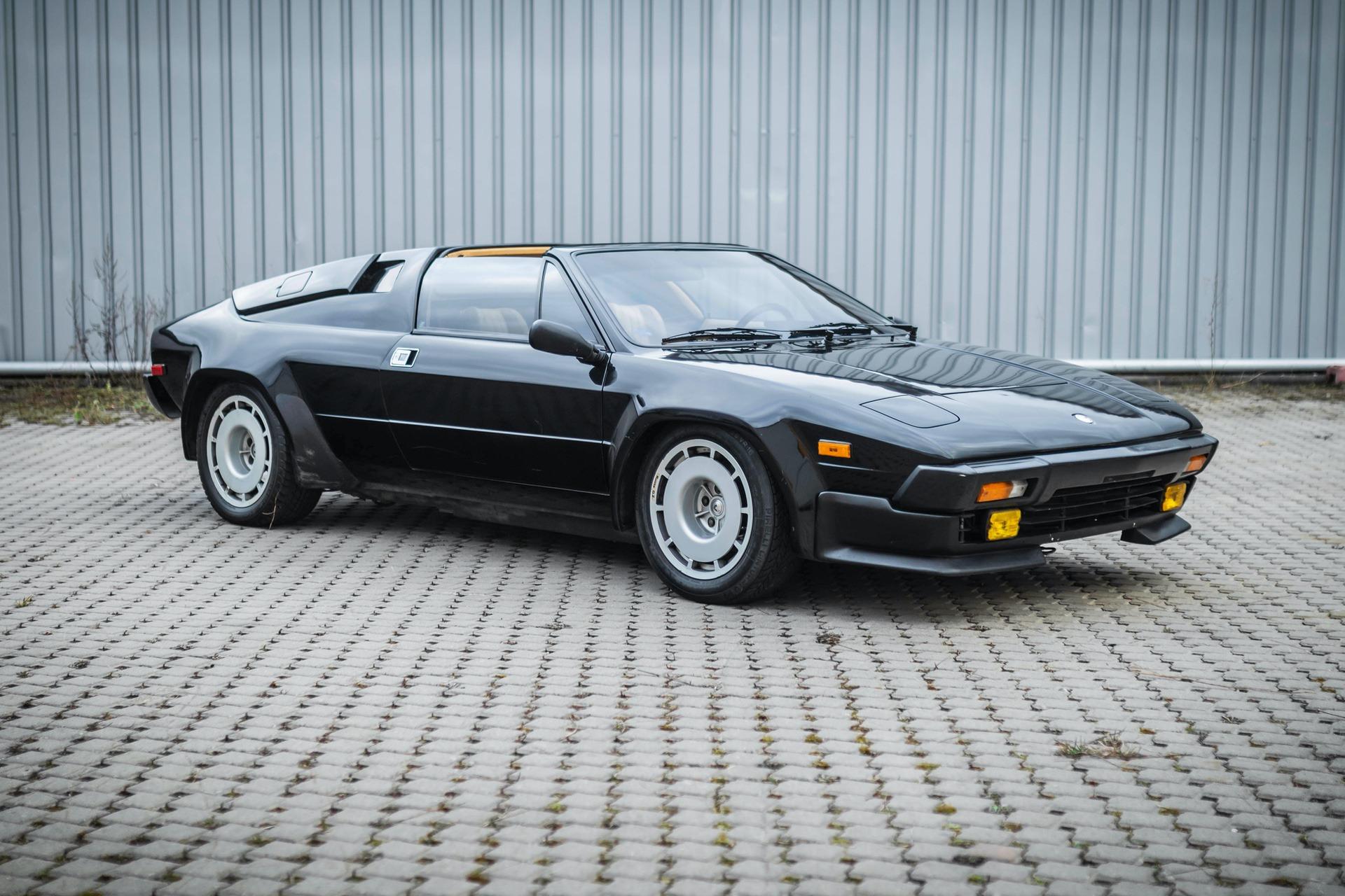 1986-Lamborghini-Jalpa-_0