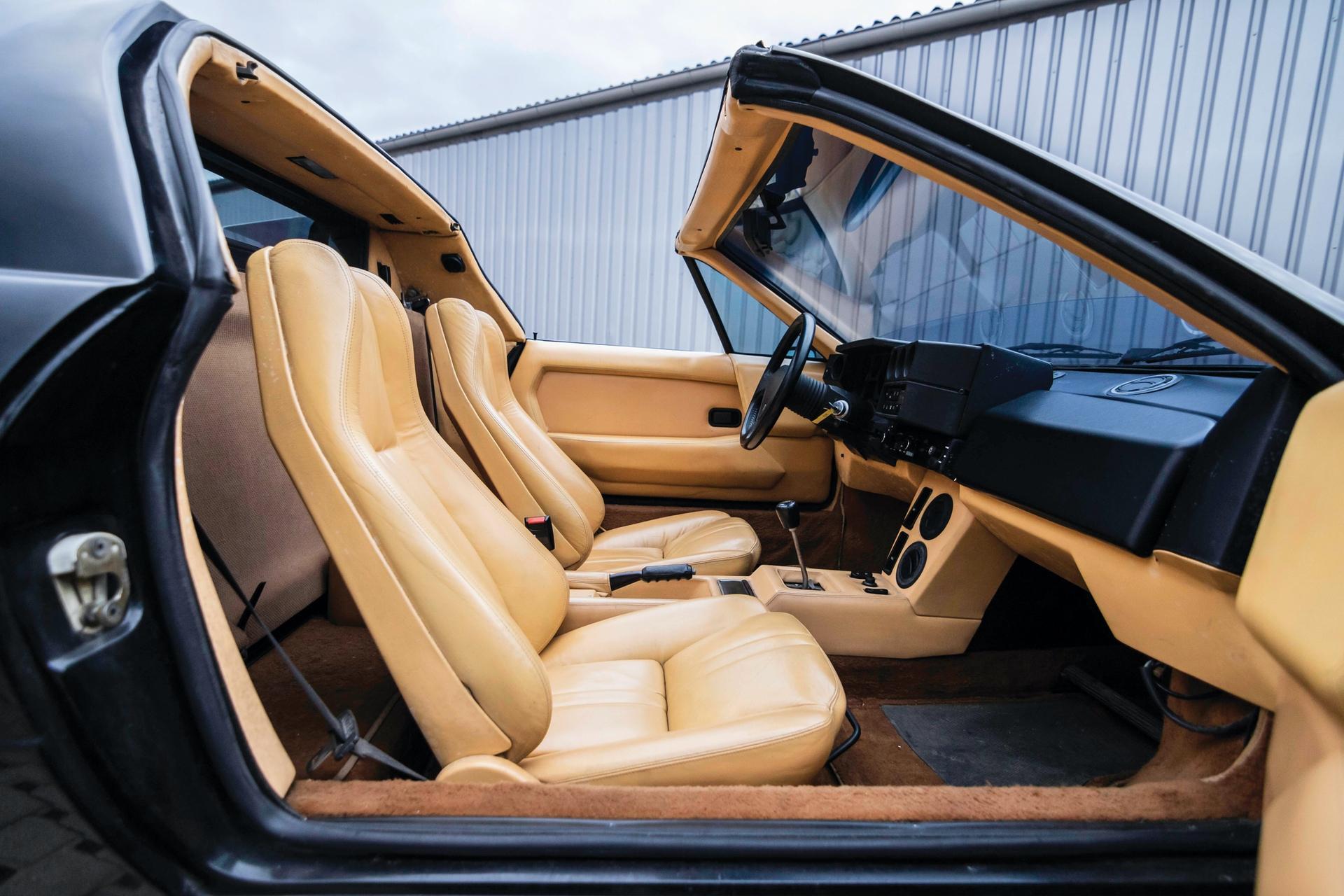 1986-Lamborghini-Jalpa-_13