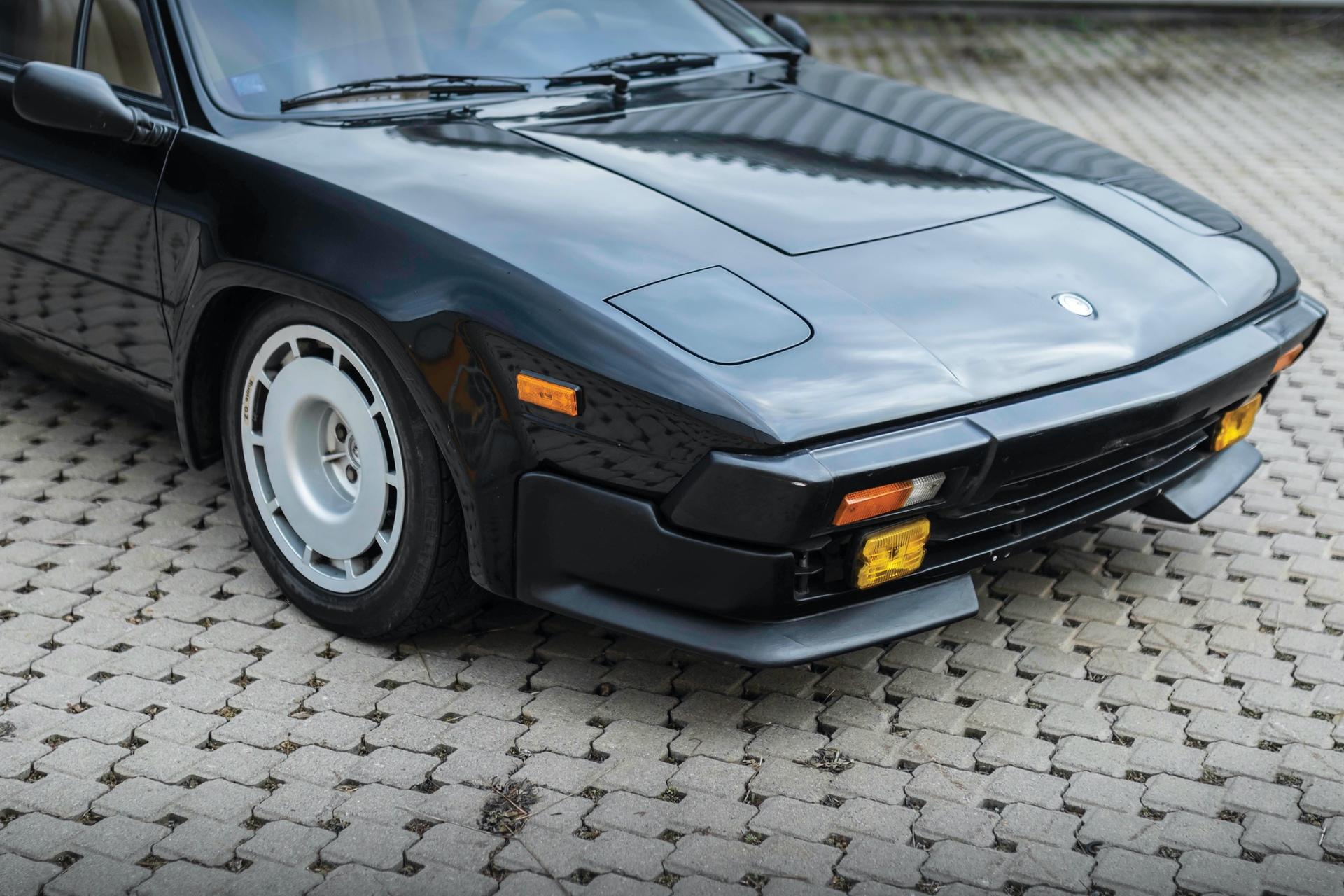 1986-Lamborghini-Jalpa-_14