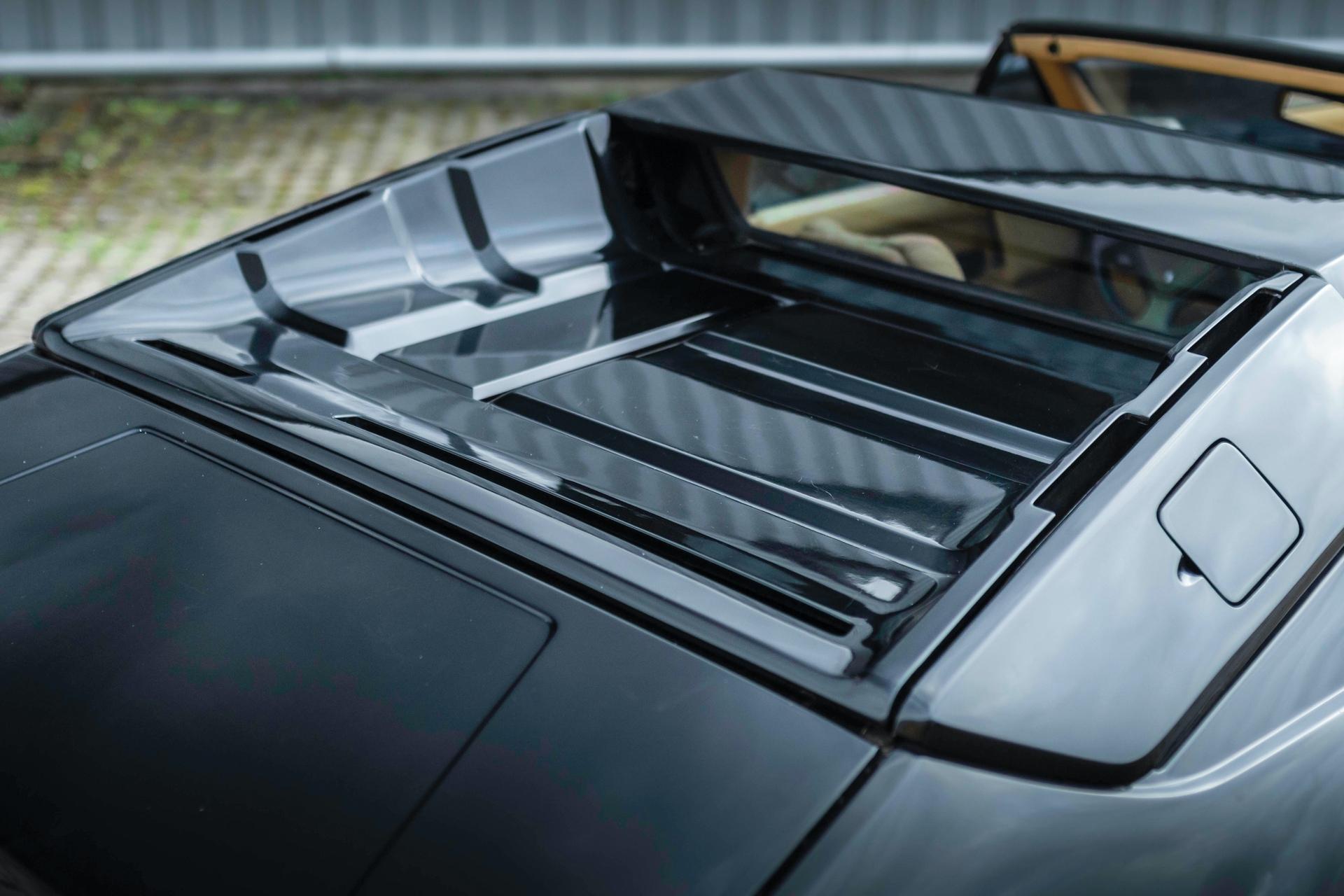 1986-Lamborghini-Jalpa-_17