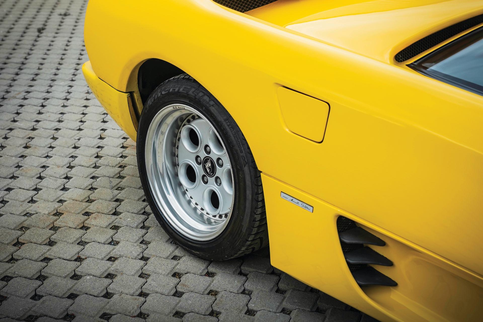 1991-Lamborghini-Diablo-_26