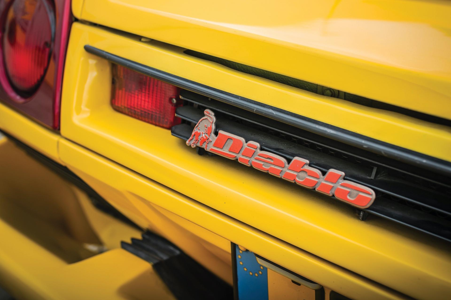 1991-Lamborghini-Diablo-_6