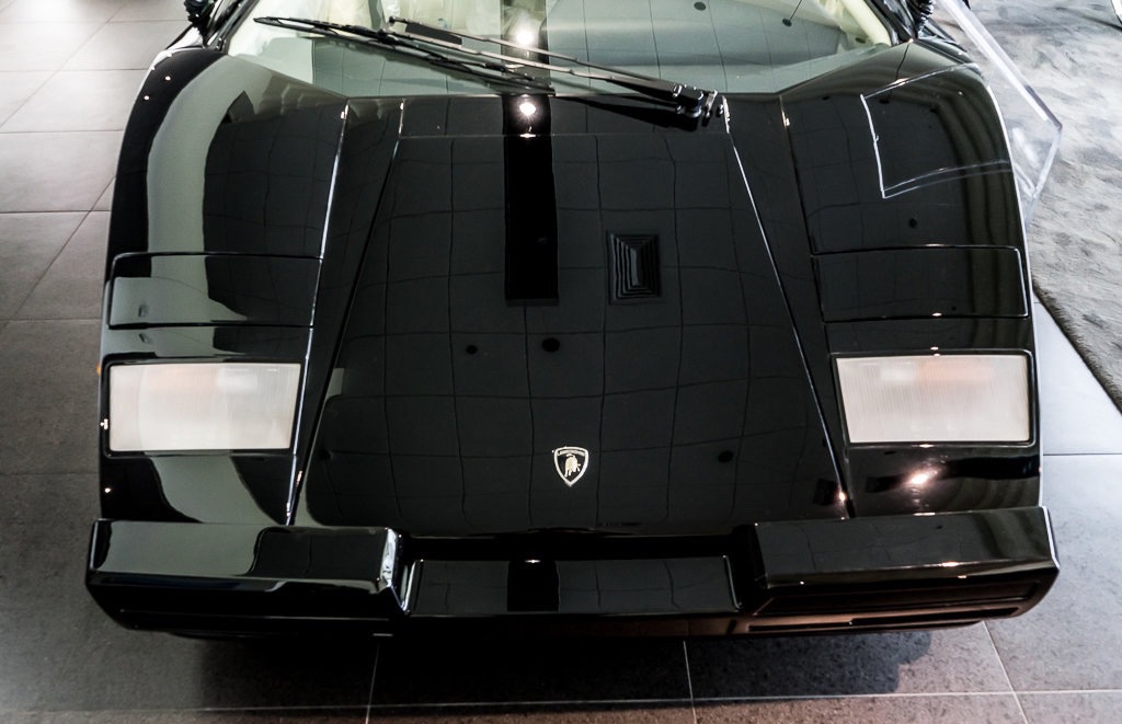 Lamborghini_Countach_25th_Anniversary_sale_0003