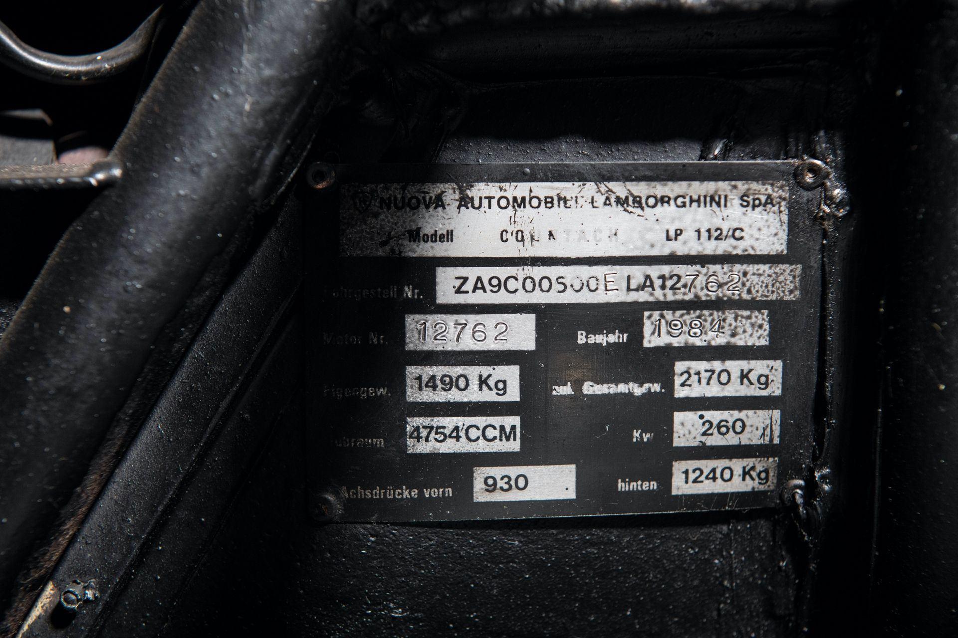 Lamborghini_Countach_5000S_0030